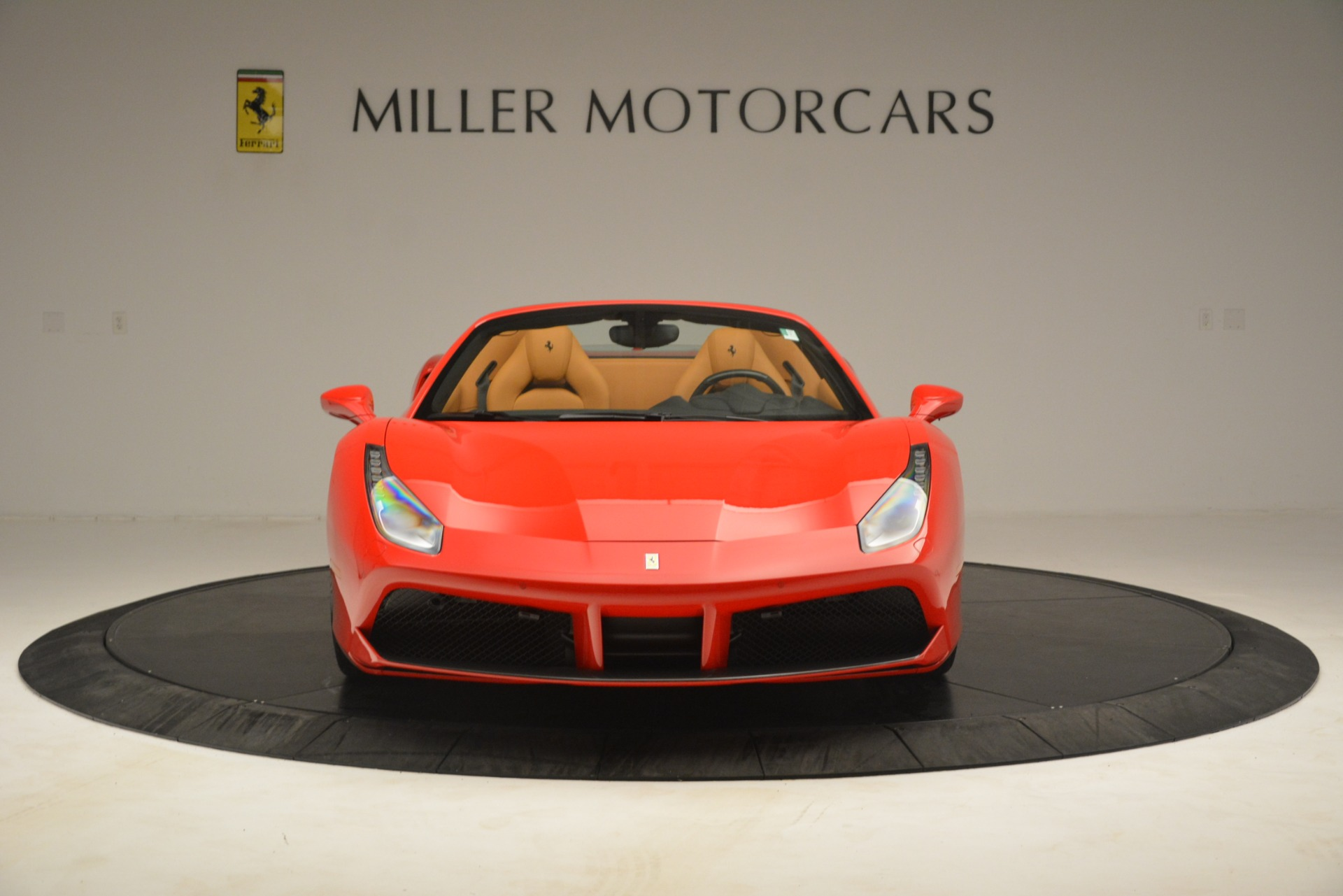 Used 2018 Ferrari 488 Spider  For Sale In Greenwich, CT. Alfa Romeo of Greenwich, F1993A 3234_p12