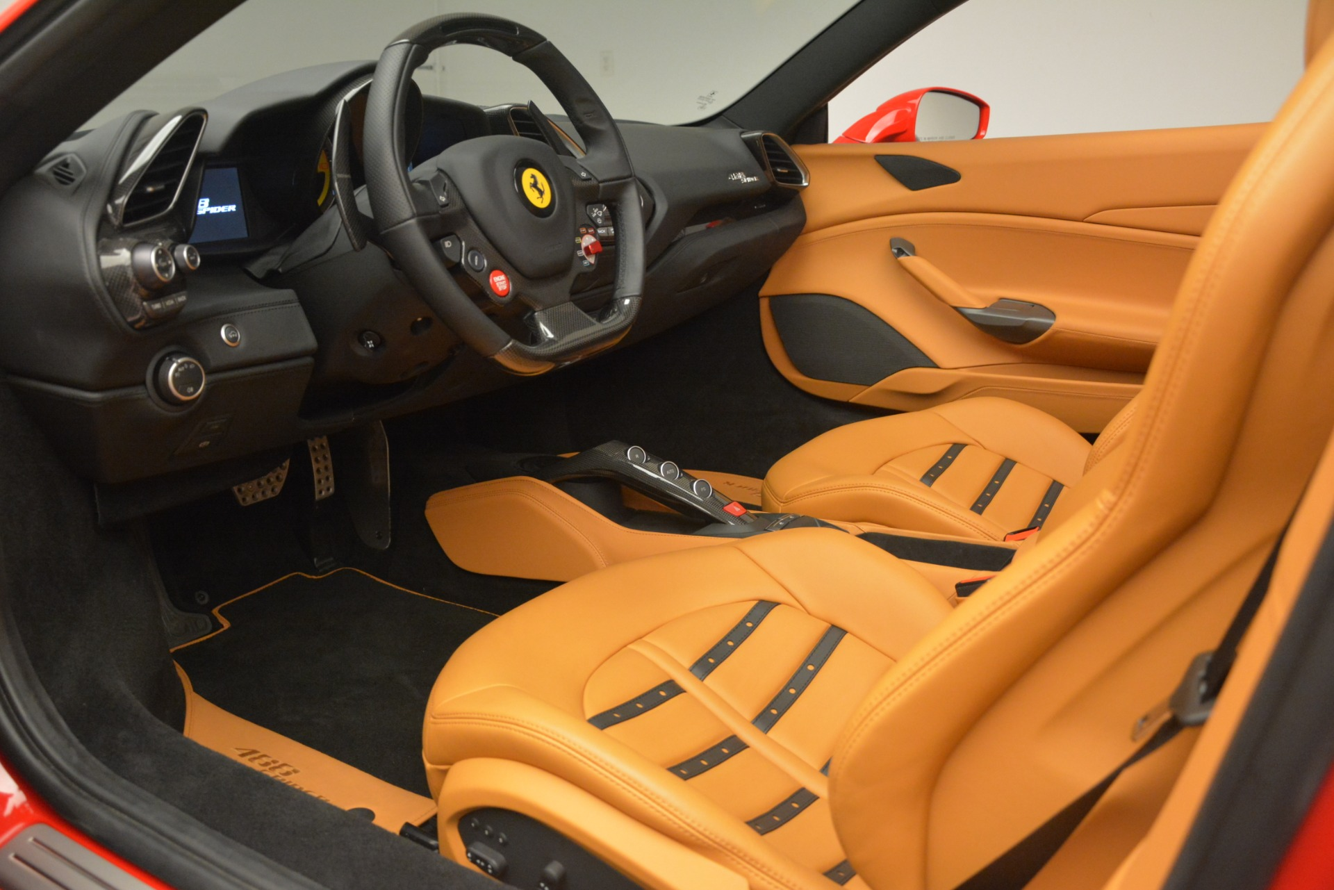 Used 2018 Ferrari 488 Spider  For Sale In Greenwich, CT. Alfa Romeo of Greenwich, F1993A 3234_p19