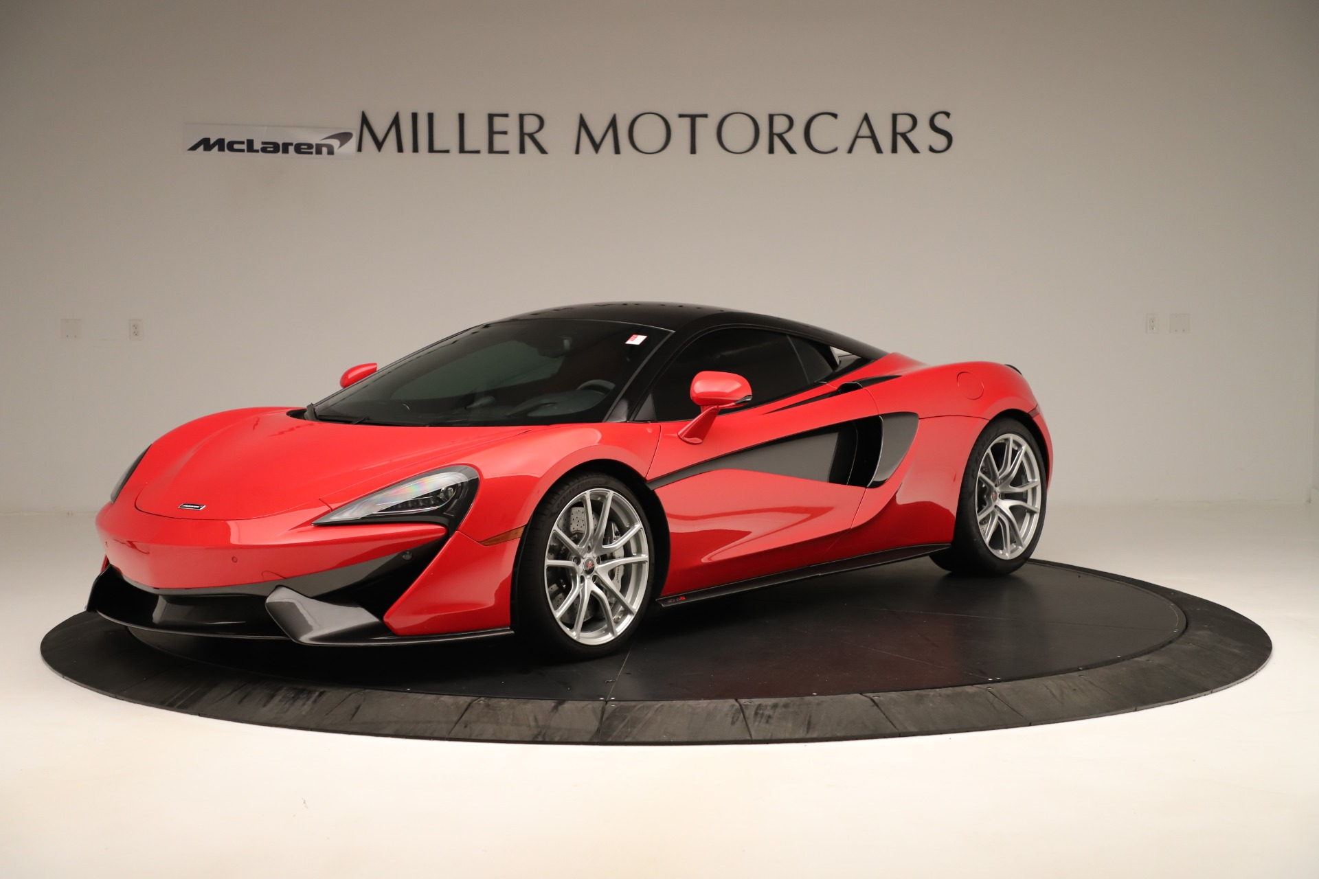 Used 2016 McLaren 570S Coupe For Sale In Greenwich, CT. Alfa Romeo of Greenwich, MC381A 3235_main