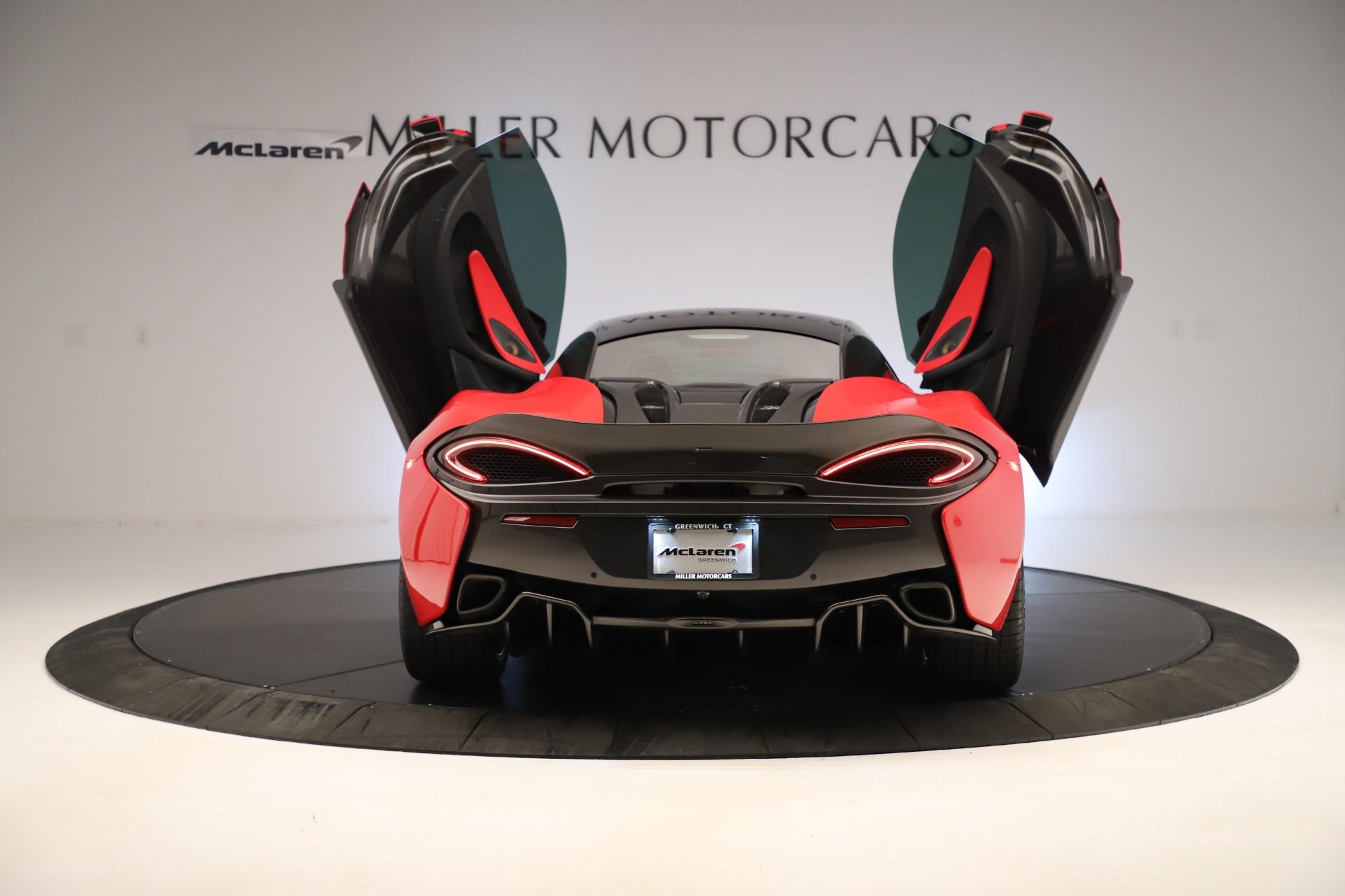 Used 2016 McLaren 570S Coupe For Sale In Greenwich, CT. Alfa Romeo of Greenwich, MC381A 3235_p13