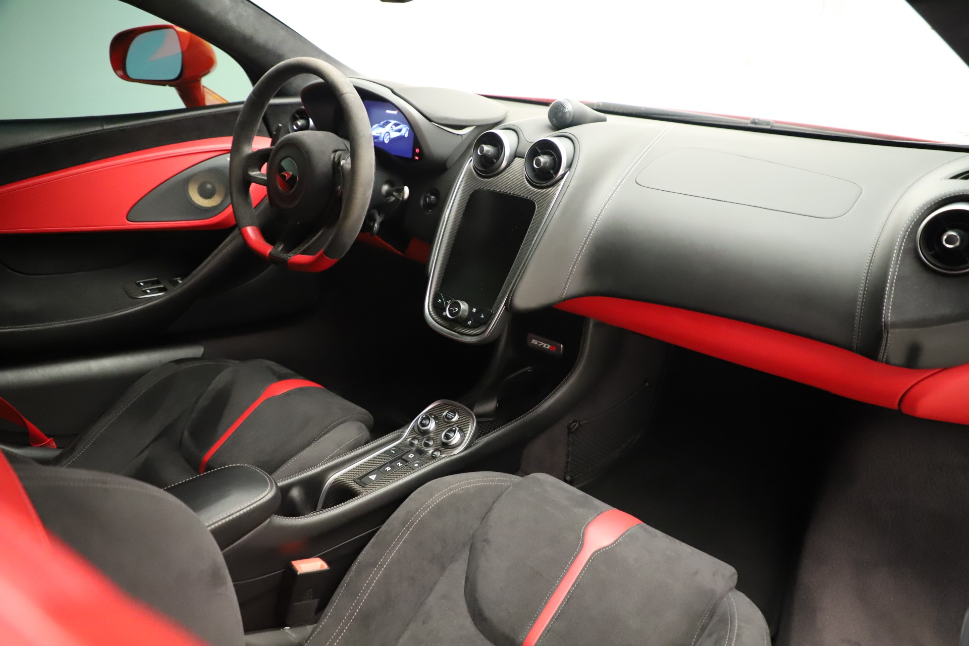 Used 2016 McLaren 570S Coupe For Sale In Greenwich, CT. Alfa Romeo of Greenwich, MC381A 3235_p22