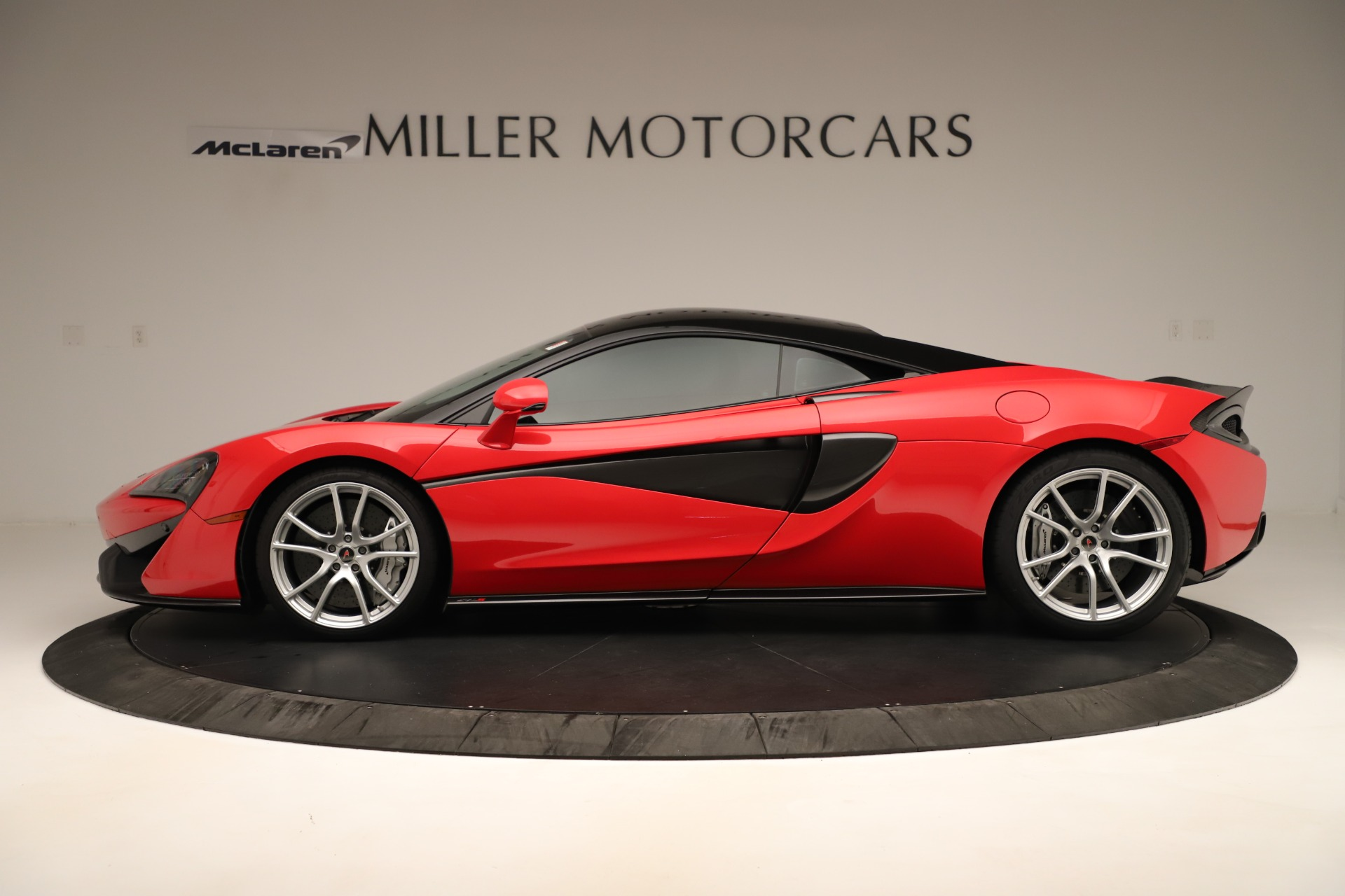 Used 2016 McLaren 570S Coupe For Sale In Greenwich, CT. Alfa Romeo of Greenwich, MC381A 3235_p2