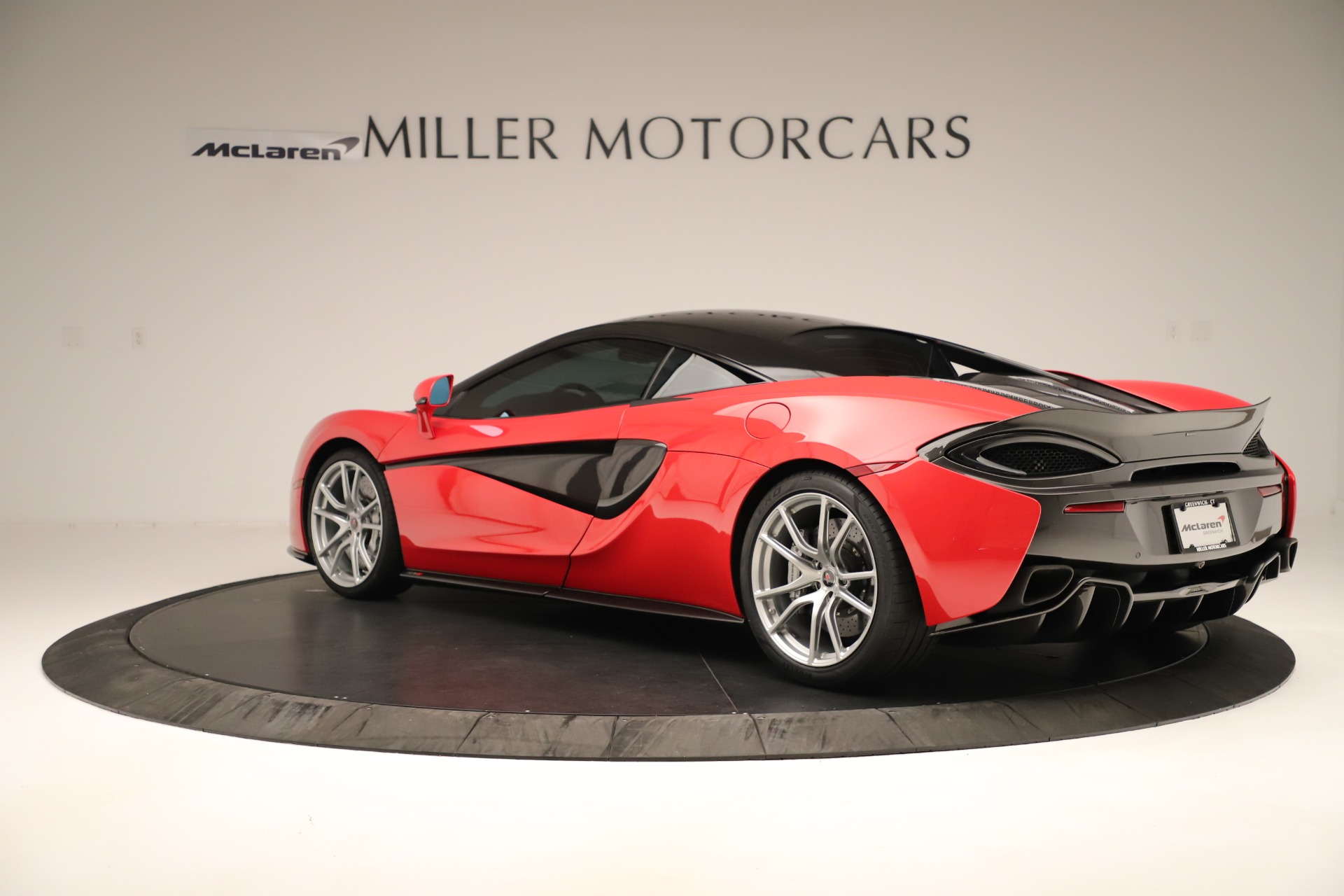 Used 2016 McLaren 570S Coupe For Sale In Greenwich, CT. Alfa Romeo of Greenwich, MC381A 3235_p3