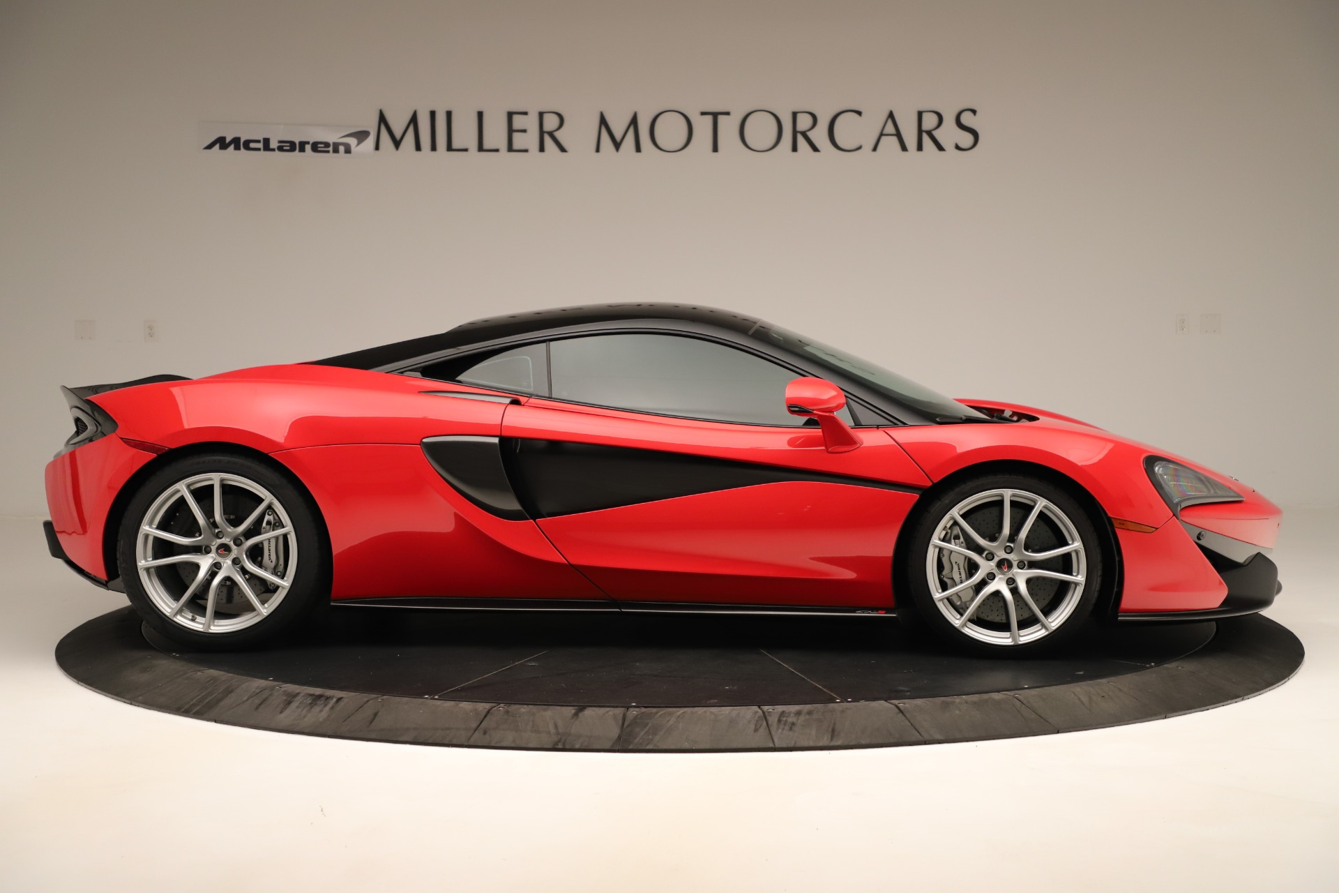 Used 2016 McLaren 570S Coupe For Sale In Greenwich, CT. Alfa Romeo of Greenwich, MC381A 3235_p6