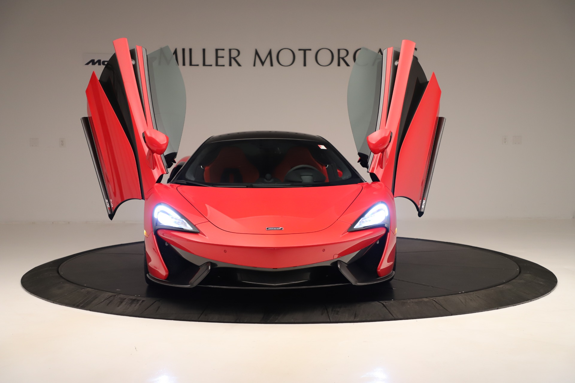 Used 2016 McLaren 570S Coupe For Sale In Greenwich, CT. Alfa Romeo of Greenwich, MC381A 3235_p9