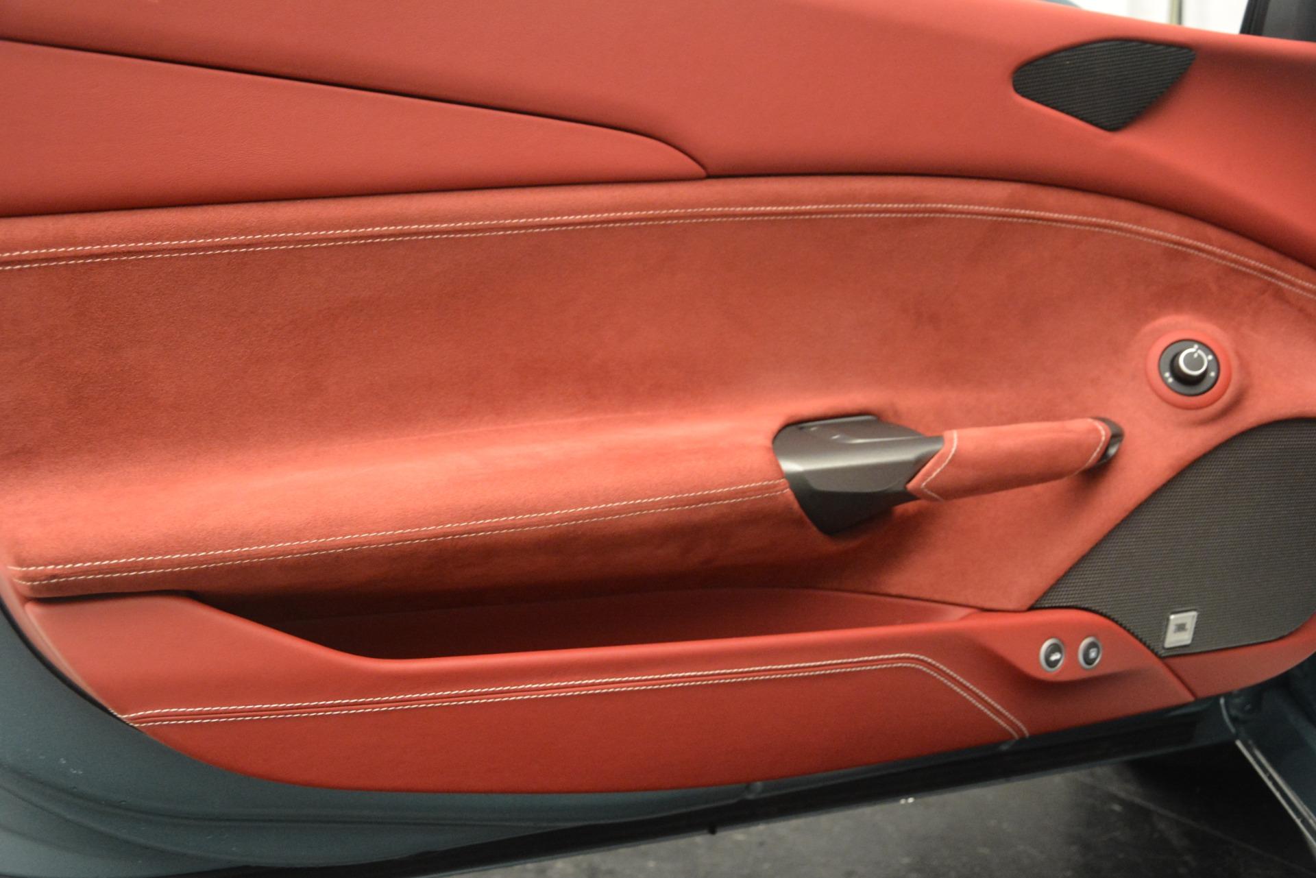 Used 2017 Ferrari 488 Spider  For Sale In Greenwich, CT. Alfa Romeo of Greenwich, 4577C 3237_p21