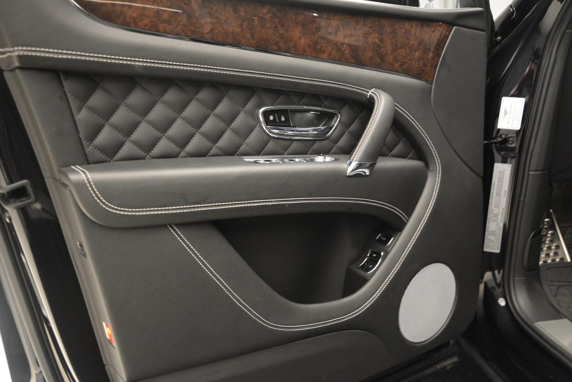 Used 2017 Bentley Bentayga W12 For Sale In Greenwich, CT. Alfa Romeo of Greenwich, 7570 3239_p17