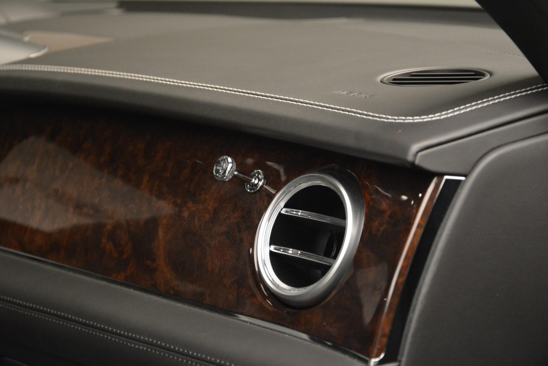 Used 2017 Bentley Bentayga W12 For Sale In Greenwich, CT. Alfa Romeo of Greenwich, 7570 3239_p30