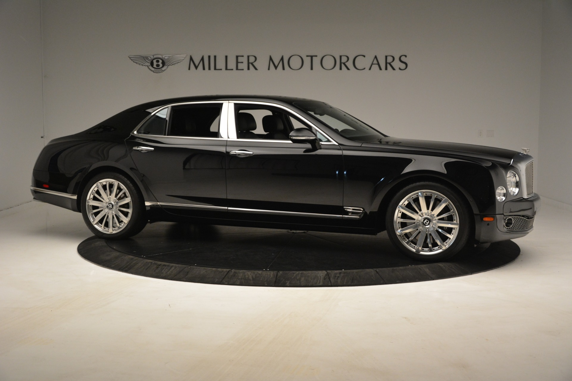 Used 2016 Bentley Mulsanne  For Sale In Greenwich, CT. Alfa Romeo of Greenwich, 7589 3240_p10