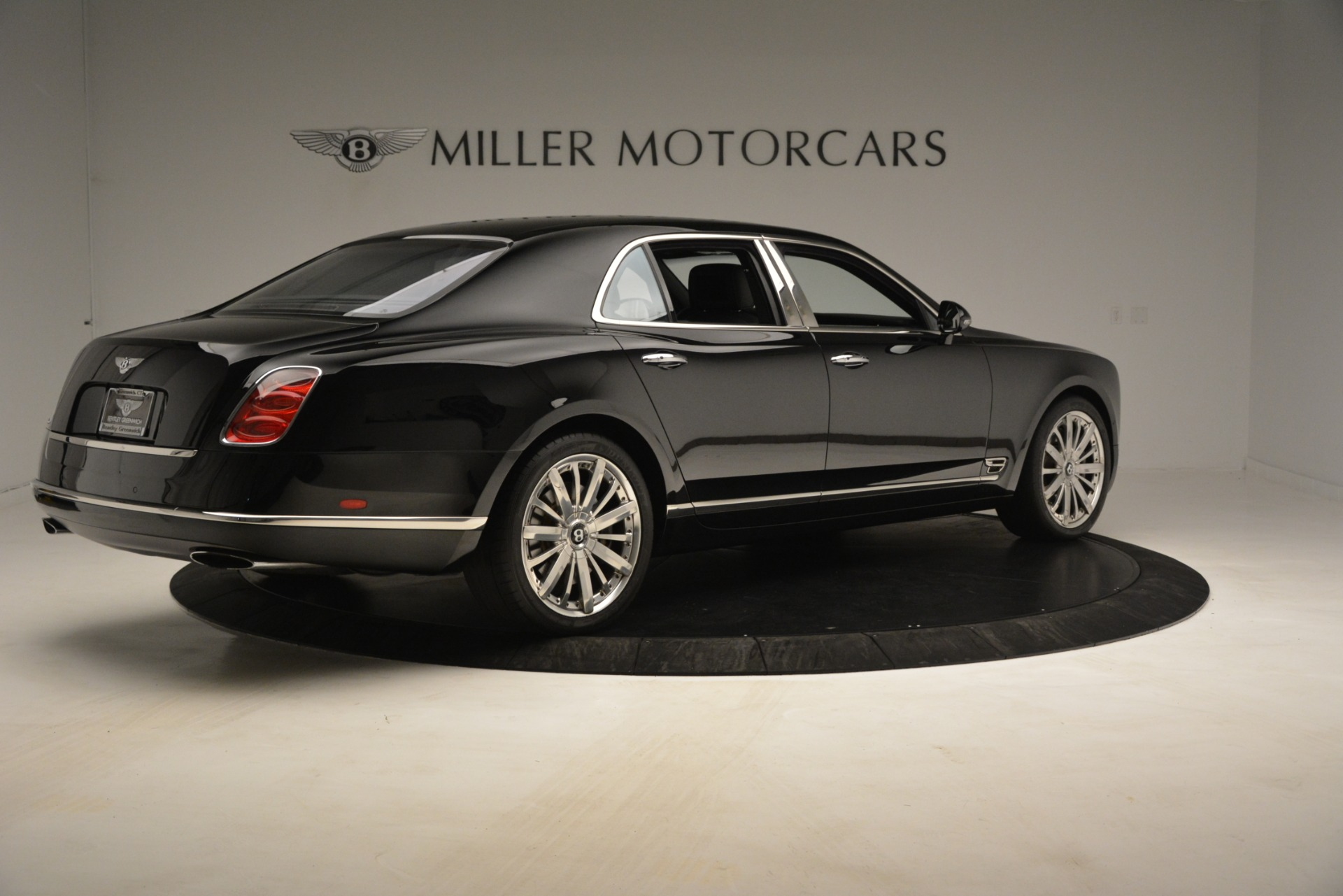 Used 2016 Bentley Mulsanne  For Sale In Greenwich, CT. Alfa Romeo of Greenwich, 7589 3240_p8