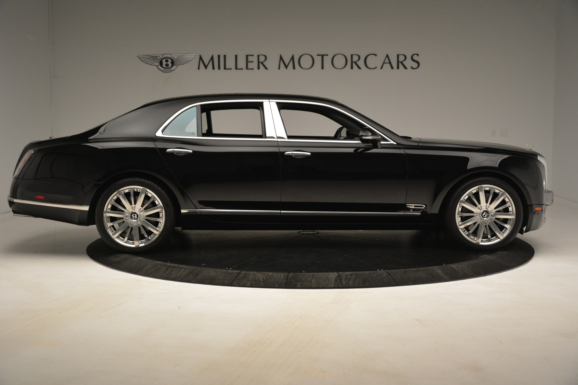 Used 2016 Bentley Mulsanne  For Sale In Greenwich, CT. Alfa Romeo of Greenwich, 7589 3240_p9