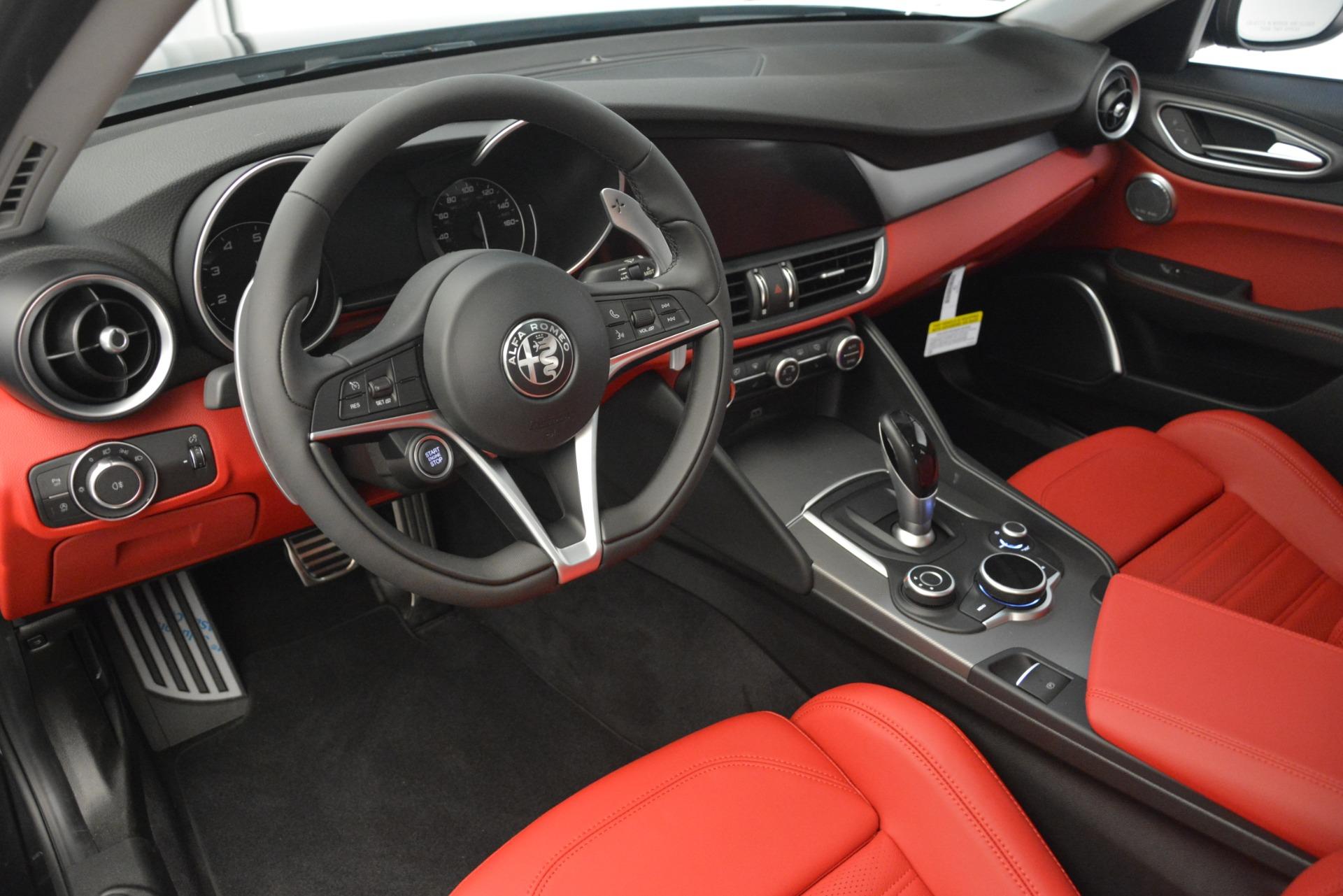 New 2019 Alfa Romeo Giulia Ti Sport Q4 For Sale In Greenwich, CT. Alfa Romeo of Greenwich, L635 3243_p13
