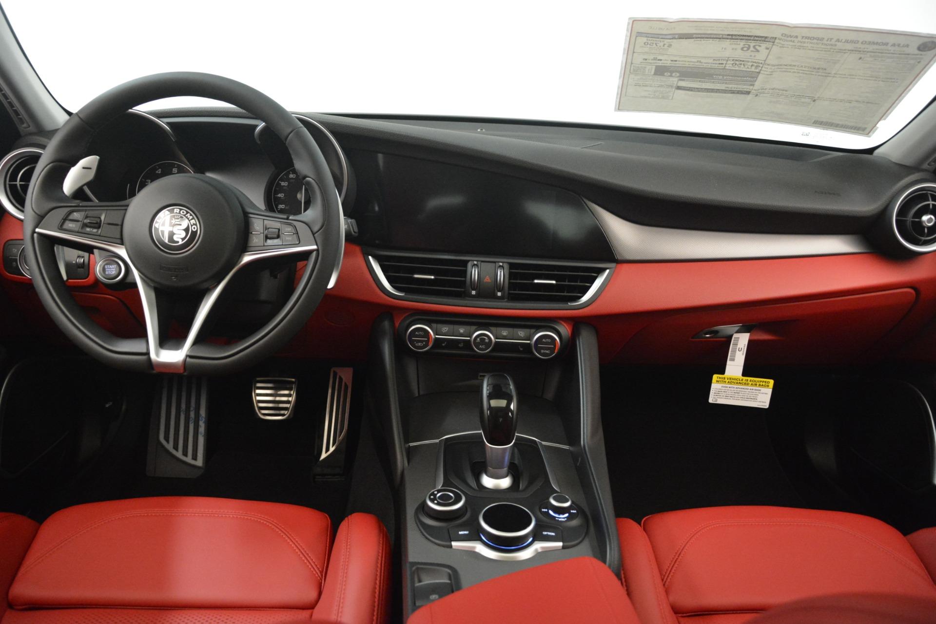 New 2019 Alfa Romeo Giulia Ti Sport Q4 For Sale In Greenwich, CT. Alfa Romeo of Greenwich, L635 3243_p16