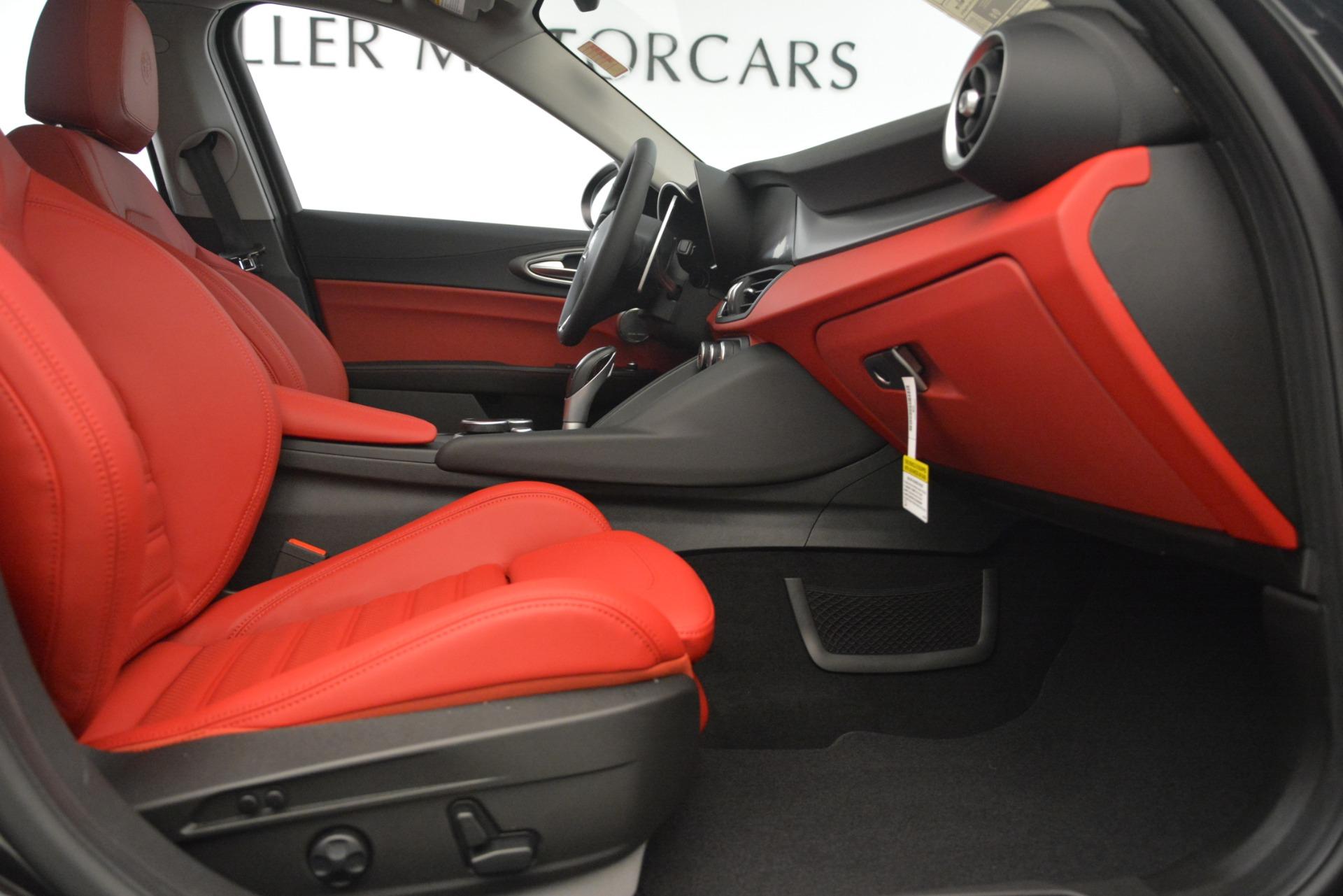 New 2019 Alfa Romeo Giulia Ti Sport Q4 For Sale In Greenwich, CT. Alfa Romeo of Greenwich, L635 3243_p23