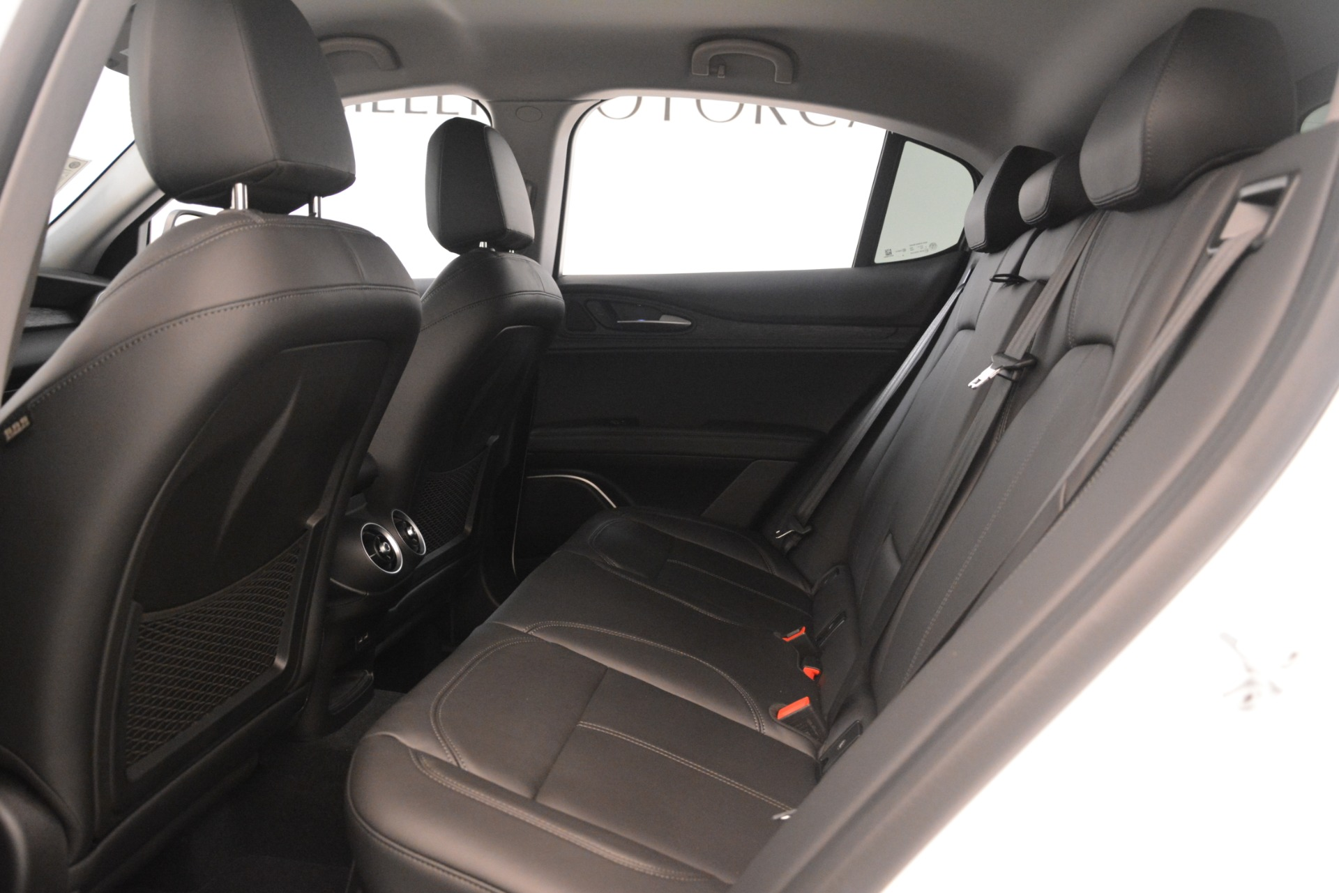 New 2019 Alfa Romeo Stelvio Q4 For Sale In Greenwich, CT. Alfa Romeo of Greenwich, LW339 3246_p19