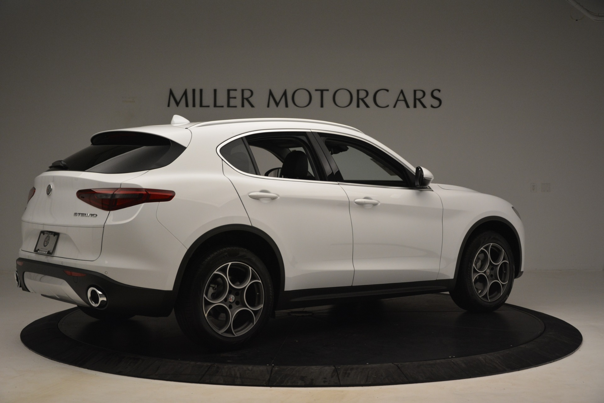 New 2019 Alfa Romeo Stelvio Q4 For Sale In Greenwich, CT. Alfa Romeo of Greenwich, LW339 3246_p8