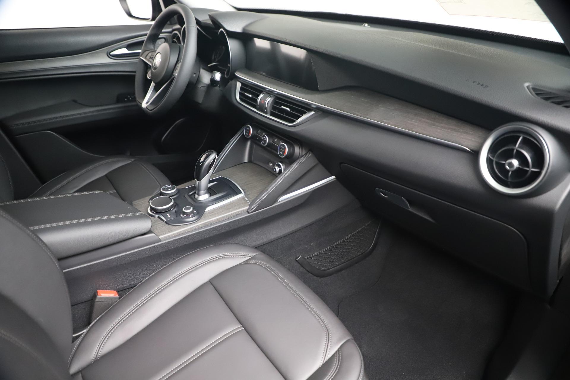 New 2019 Alfa Romeo Stelvio Ti Q4 For Sale In Greenwich, CT. Alfa Romeo of Greenwich, LW340 3252_p22