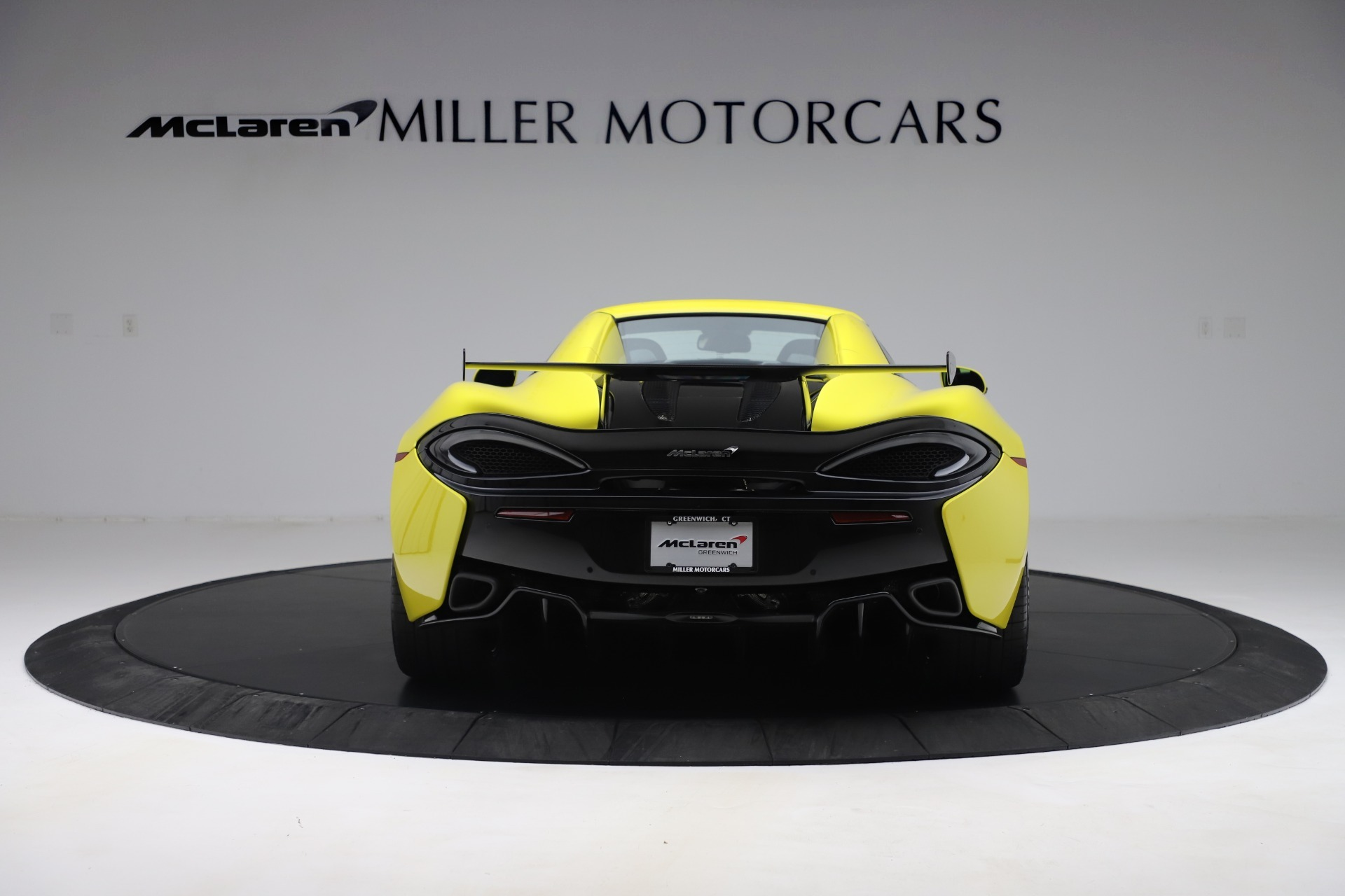 New 2019 McLaren 570S Convertible For Sale In Greenwich, CT. Alfa Romeo of Greenwich, MC436 3253_p12