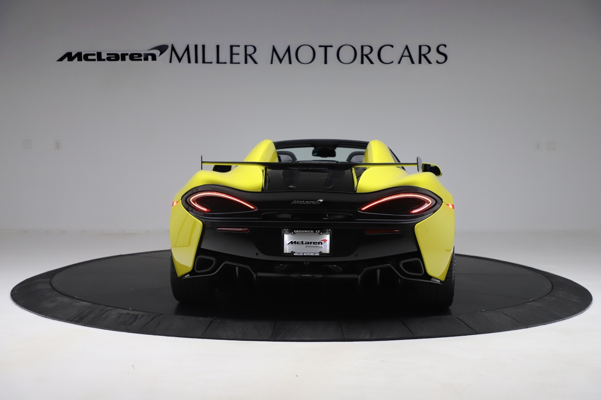 New 2019 McLaren 570S Convertible For Sale In Greenwich, CT. Alfa Romeo of Greenwich, MC436 3253_p4