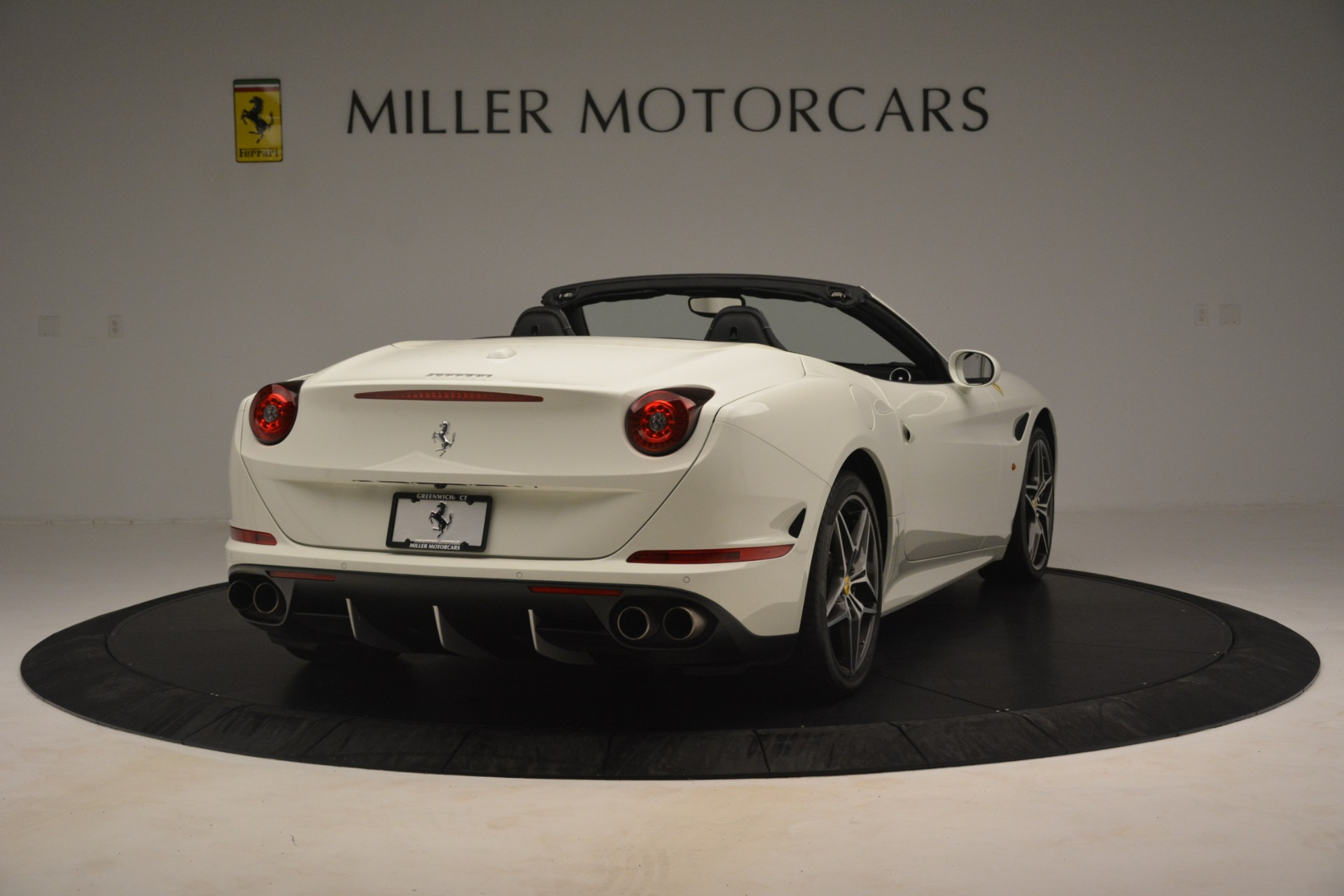 Used 2016 Ferrari California T  For Sale In Greenwich, CT. Alfa Romeo of Greenwich, 4581C 3256_p6