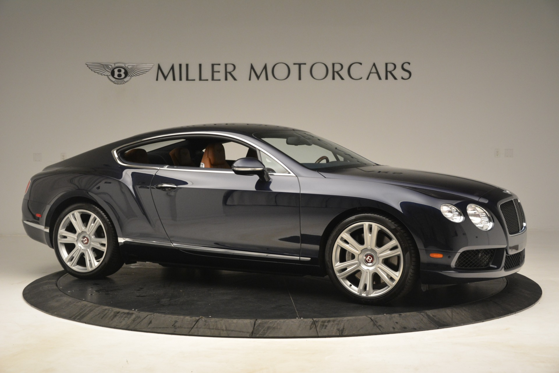 Used 2013 Bentley Continental GT V8 For Sale In Greenwich, CT. Alfa Romeo of Greenwich, 7560 3257_p10