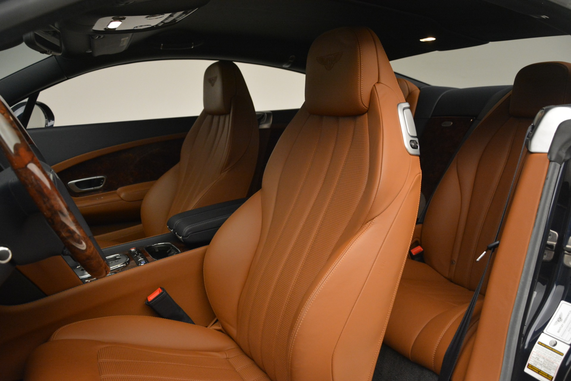 Used 2013 Bentley Continental GT V8 For Sale In Greenwich, CT. Alfa Romeo of Greenwich, 7560 3257_p20