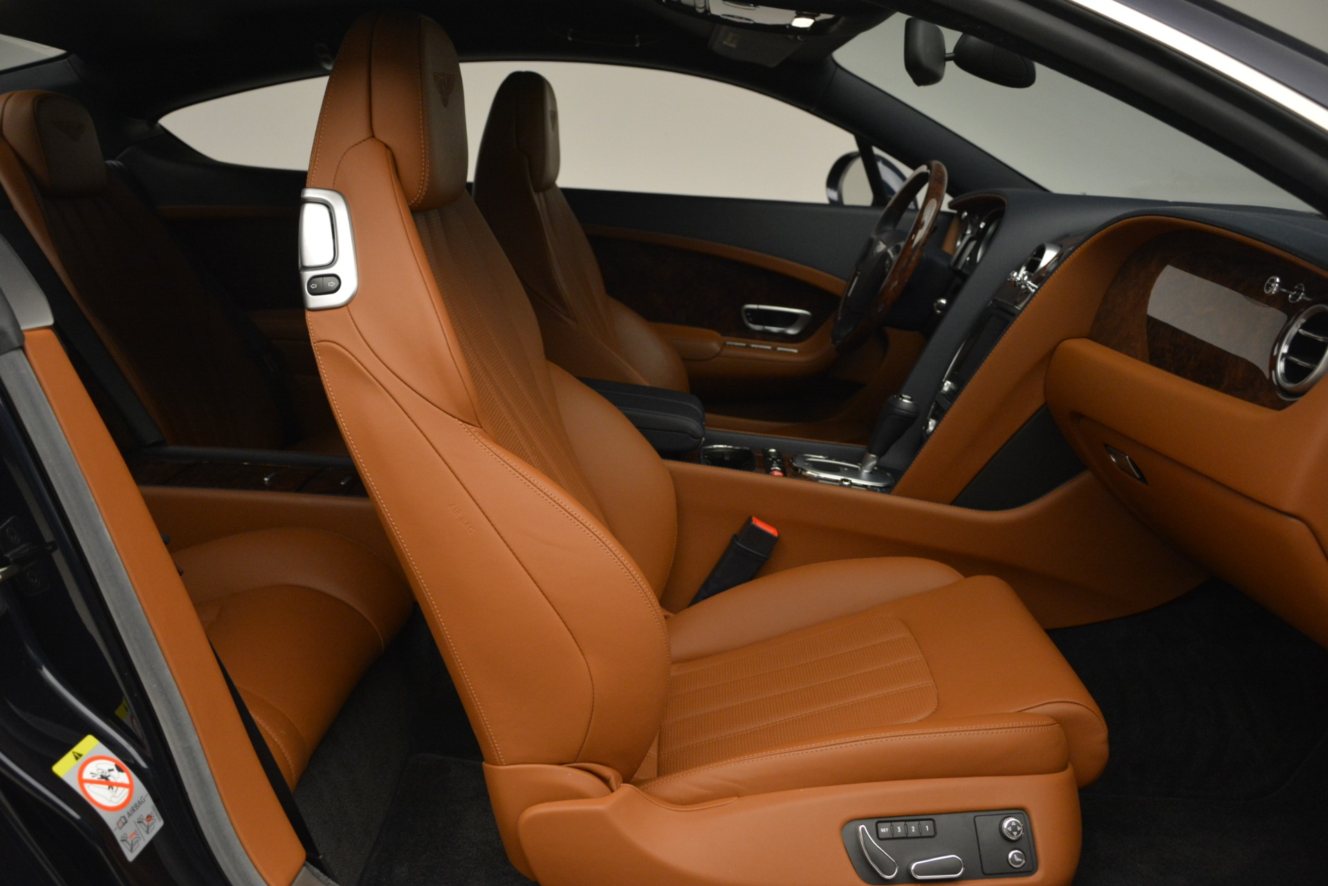 Used 2013 Bentley Continental GT V8 For Sale In Greenwich, CT. Alfa Romeo of Greenwich, 7560 3257_p26