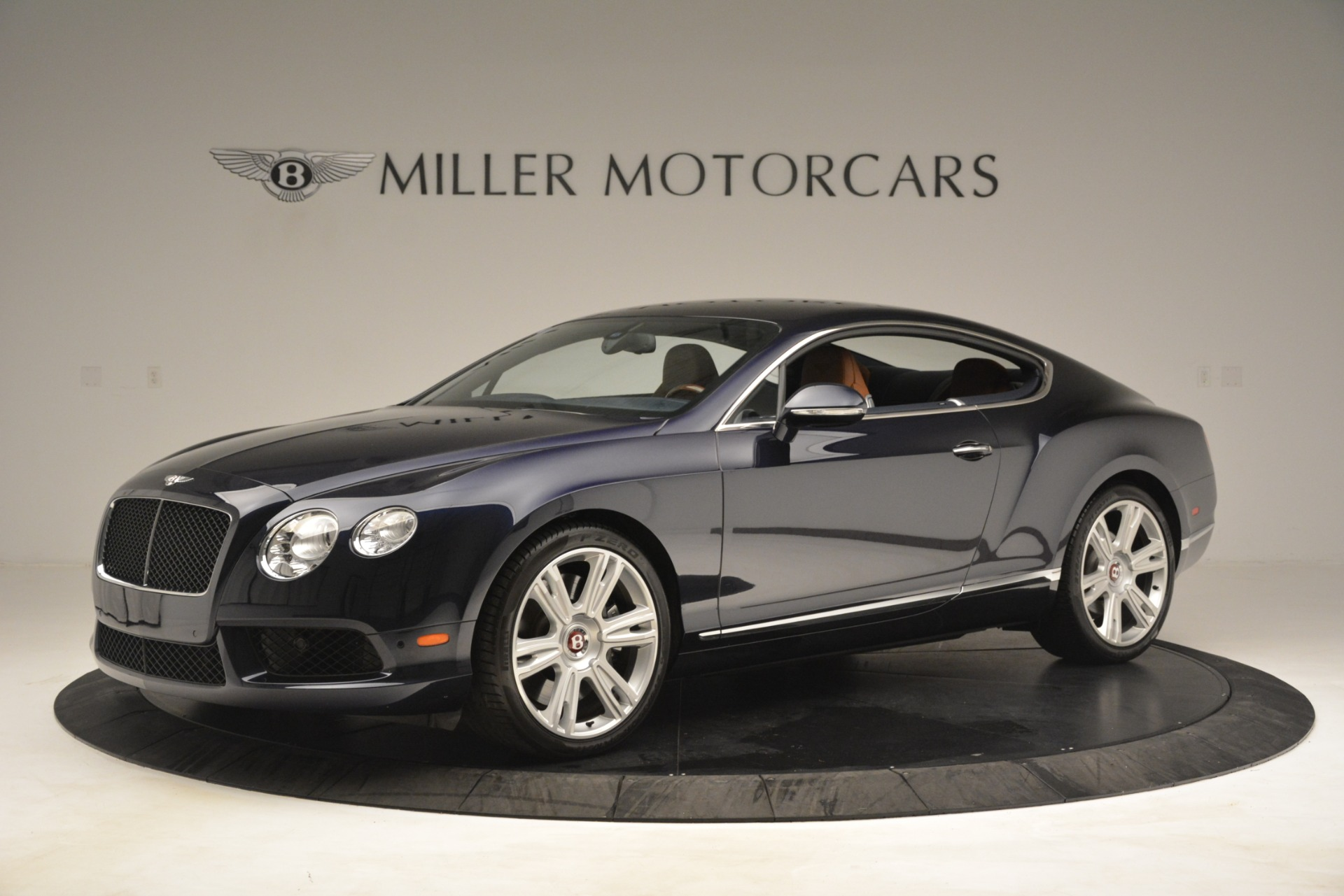Used 2013 Bentley Continental GT V8 For Sale In Greenwich, CT. Alfa Romeo of Greenwich, 7560 3257_p2
