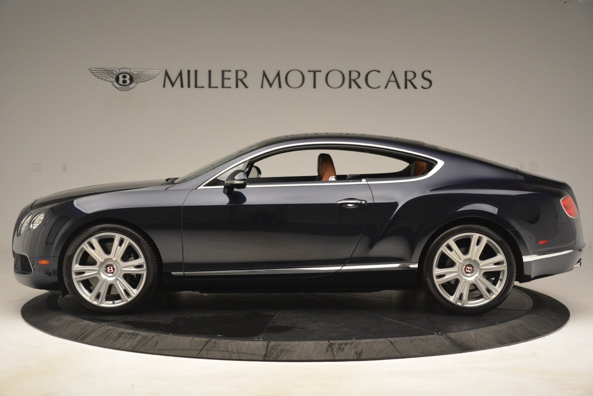 Used 2013 Bentley Continental GT V8 For Sale In Greenwich, CT. Alfa Romeo of Greenwich, 7560 3257_p3