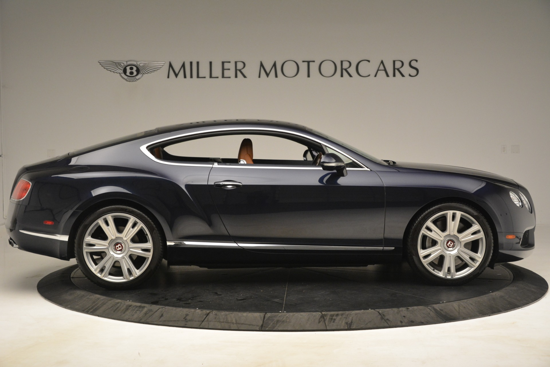 Used 2013 Bentley Continental GT V8 For Sale In Greenwich, CT. Alfa Romeo of Greenwich, 7560 3257_p9