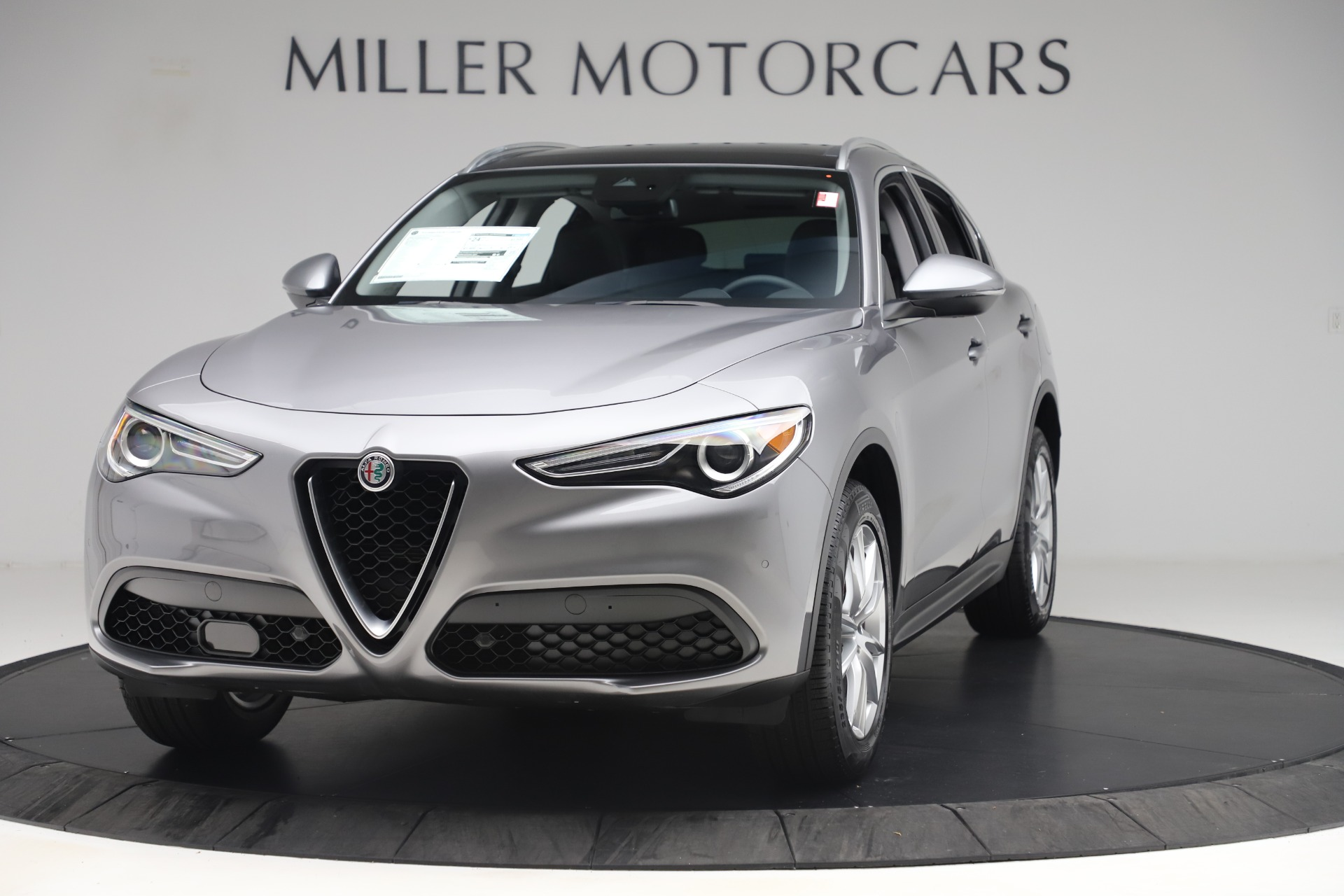 New 2019 Alfa Romeo Stelvio Ti Lusso Q4 For Sale In Greenwich, CT. Alfa Romeo of Greenwich, LW343 3260_main