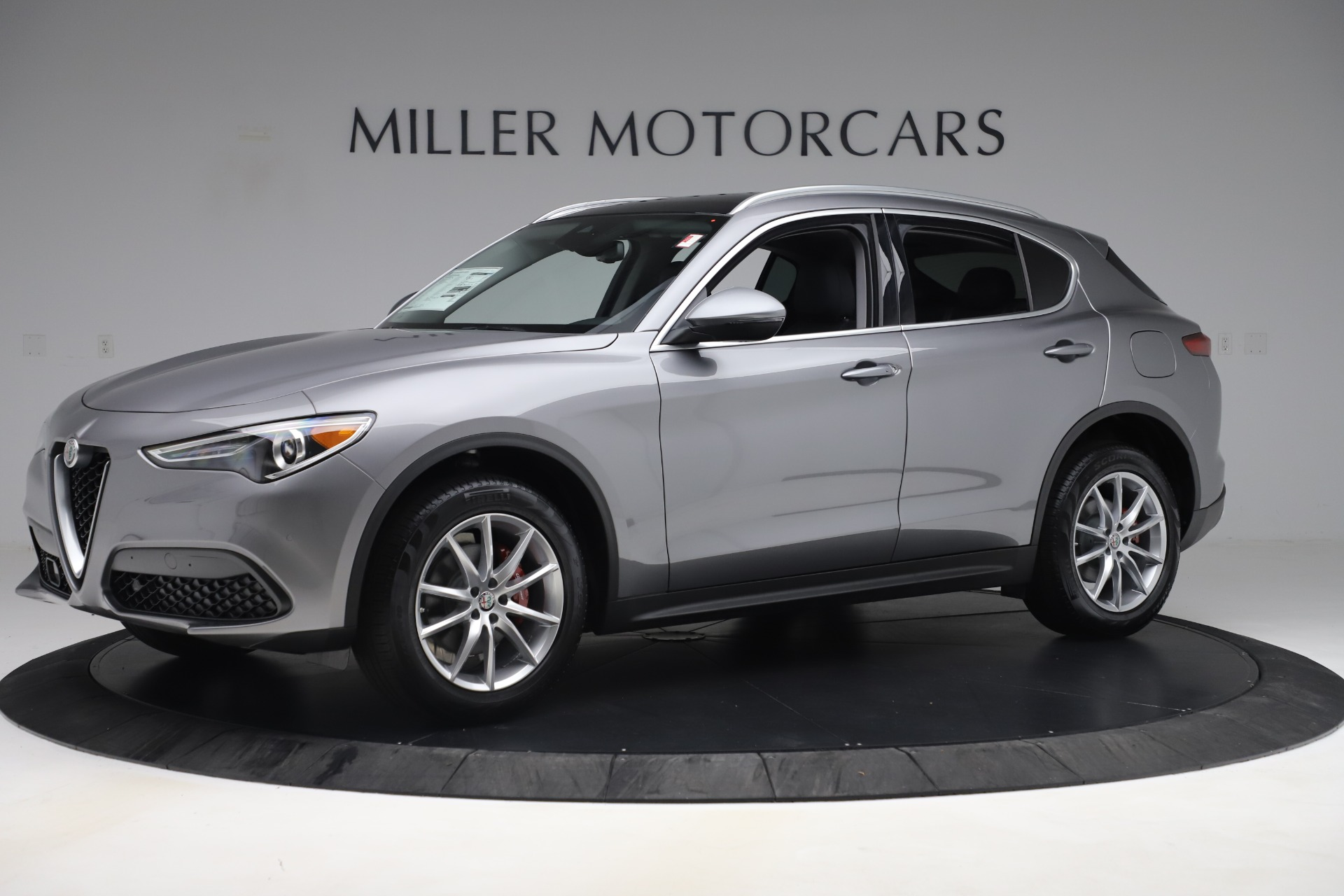 New 2019 Alfa Romeo Stelvio Ti Lusso Q4 For Sale In Greenwich, CT. Alfa Romeo of Greenwich, LW343 3260_p2
