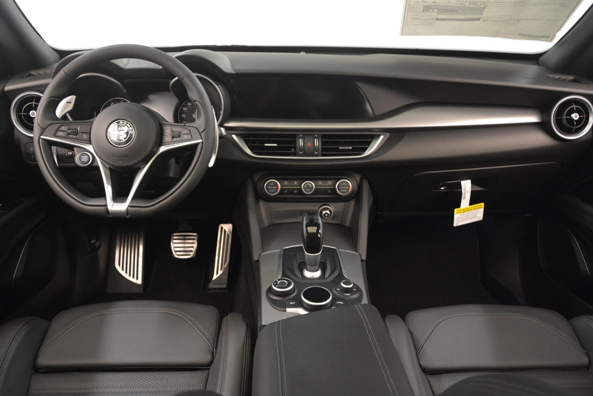 New 2019 Alfa Romeo Stelvio Ti Sport Q4 For Sale In Greenwich, CT. Alfa Romeo of Greenwich, LW344 3261_p16