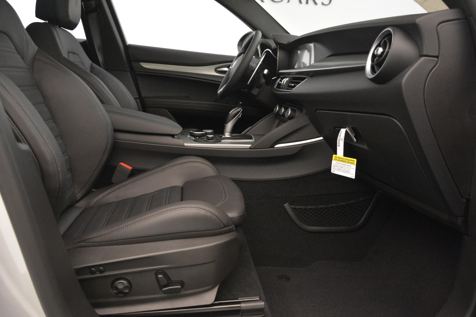 New 2019 Alfa Romeo Stelvio Ti Sport Q4 For Sale In Greenwich, CT. Alfa Romeo of Greenwich, LW344 3261_p23