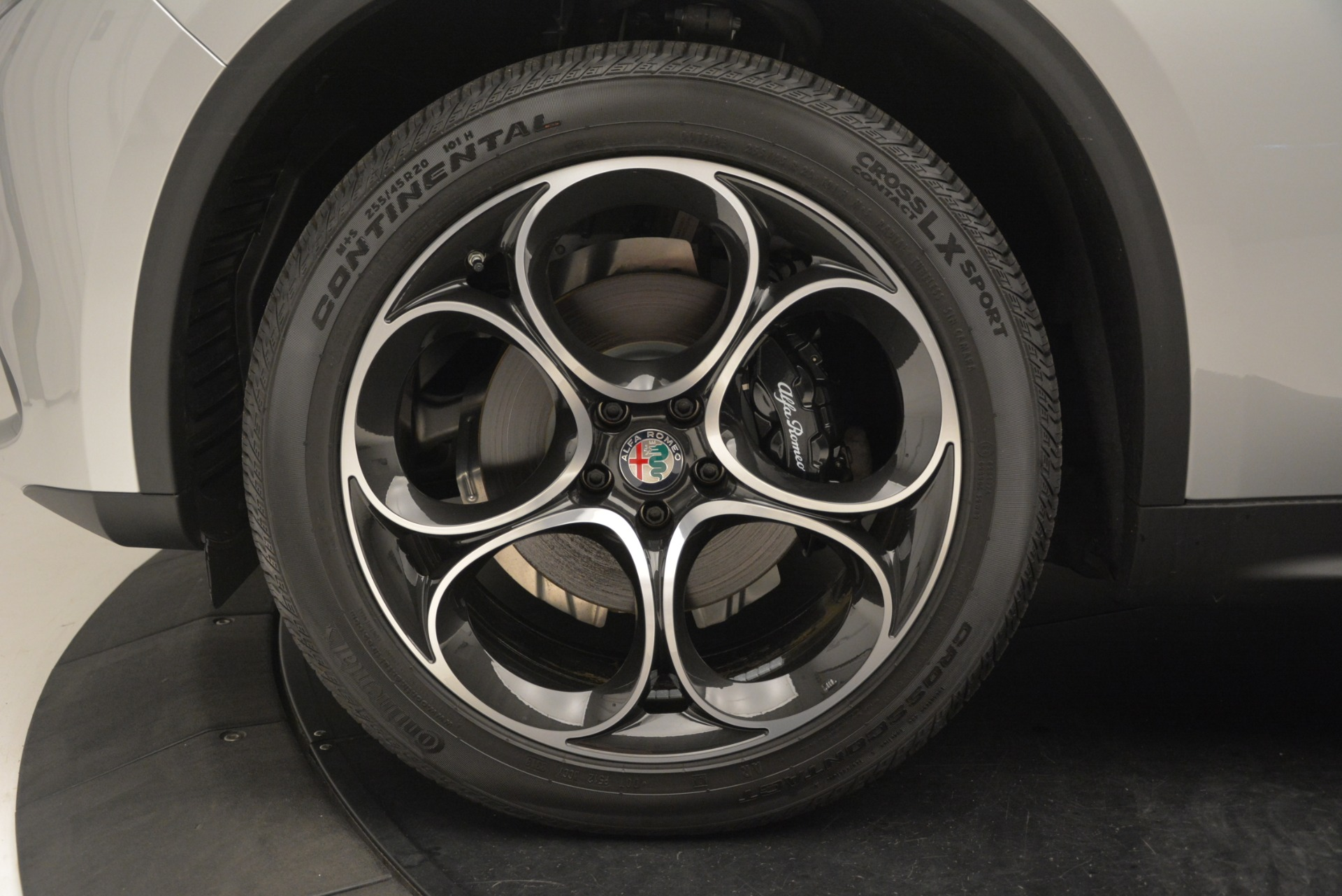 New 2019 Alfa Romeo Stelvio Ti Sport Q4 For Sale In Greenwich, CT. Alfa Romeo of Greenwich, LW344 3261_p30