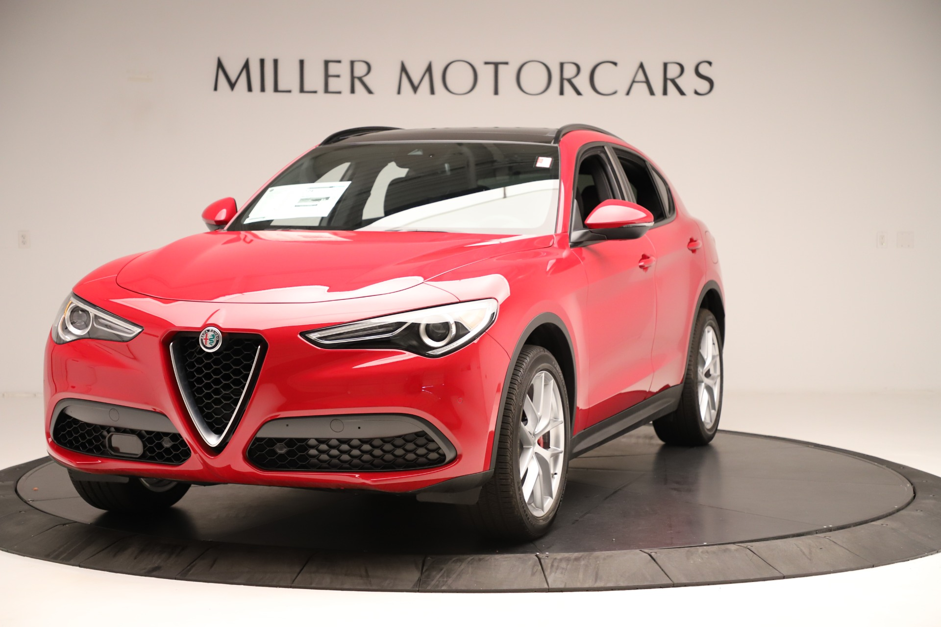 New 2019 Alfa Romeo Stelvio Ti Sport Q4 For Sale In Greenwich, CT. Alfa Romeo of Greenwich, LW345 3262_main