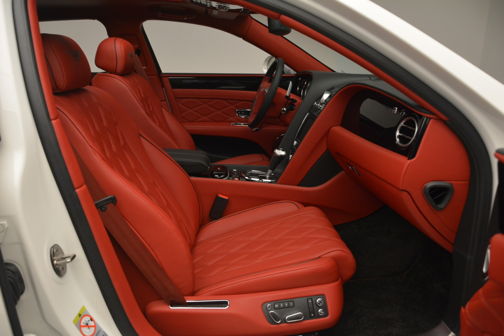 Used 2016 Bentley Flying Spur V8 For Sale In Greenwich, CT. Alfa Romeo of Greenwich, 7592 3265_p30