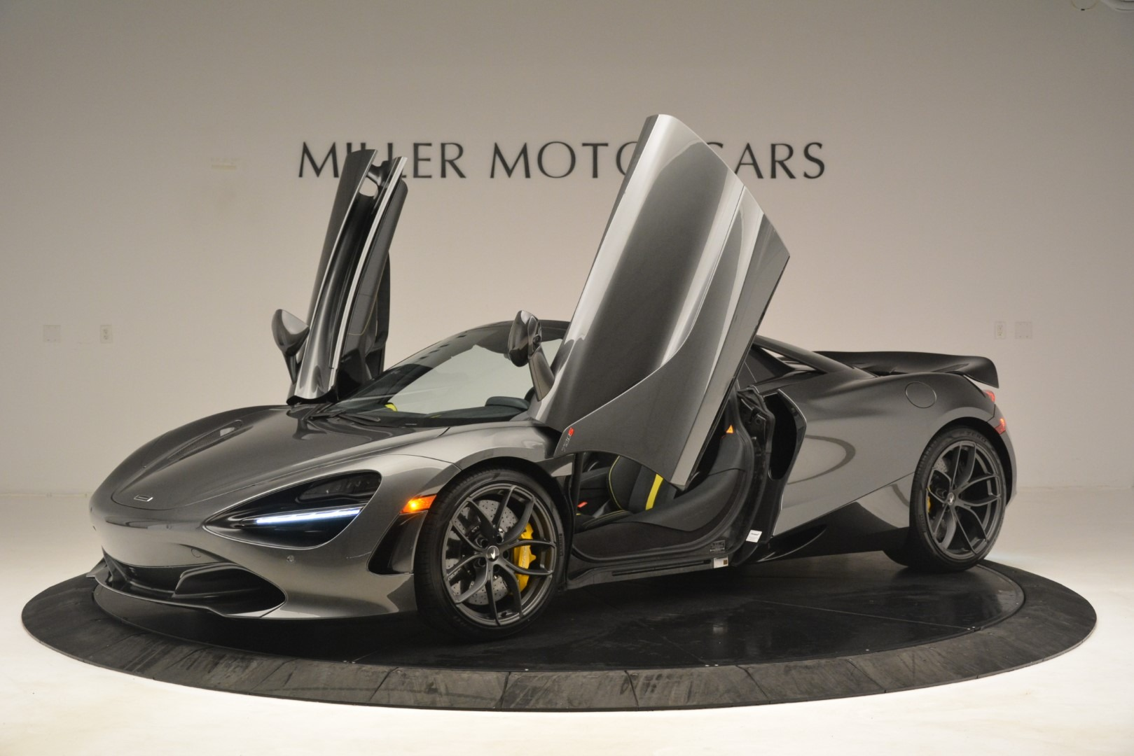 New 2020 McLaren 720S Spider Convertible For Sale In Greenwich, CT. Alfa Romeo of Greenwich, MC426 3266_p13