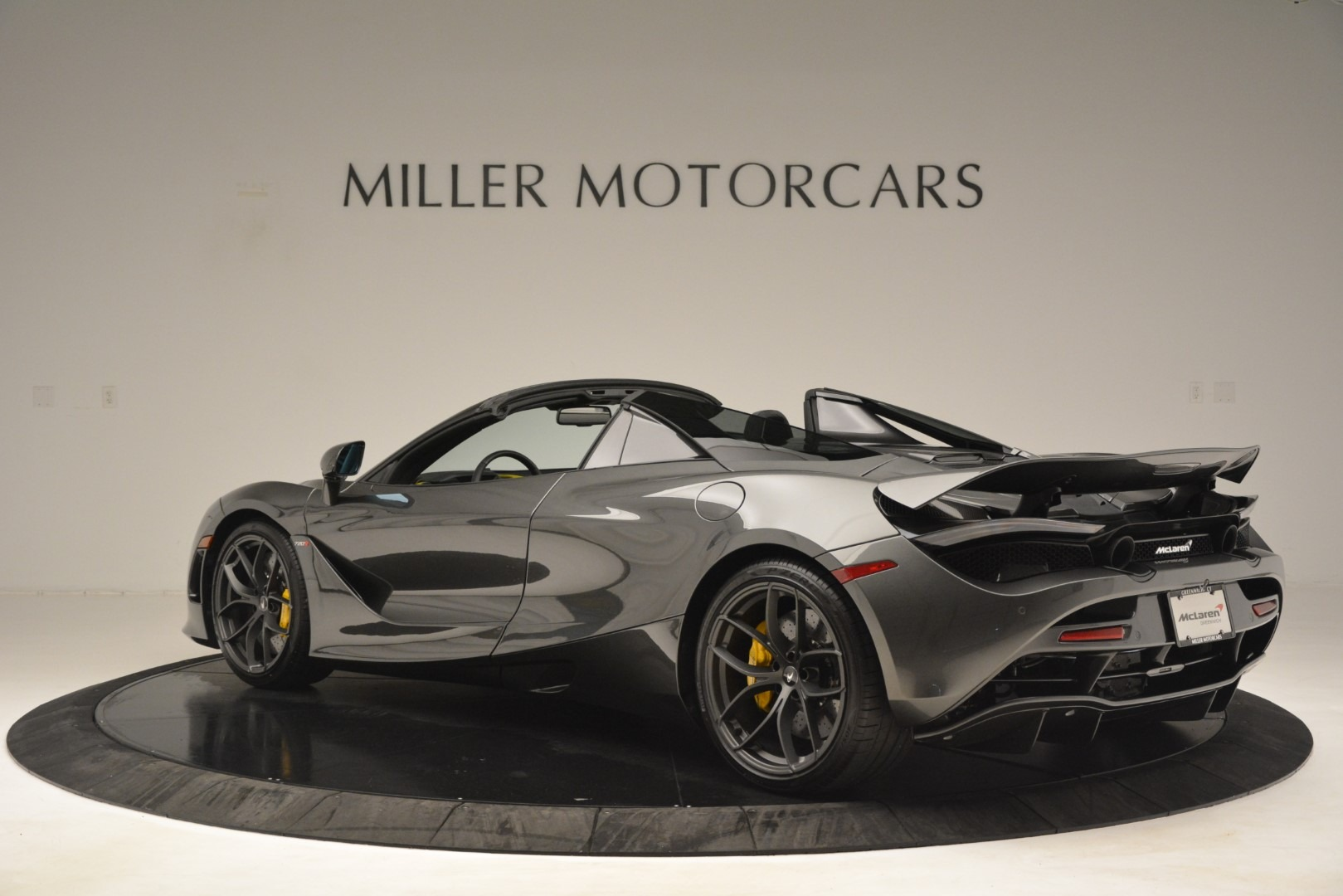 New 2020 McLaren 720S Spider Convertible For Sale In Greenwich, CT. Alfa Romeo of Greenwich, MC426 3266_p3