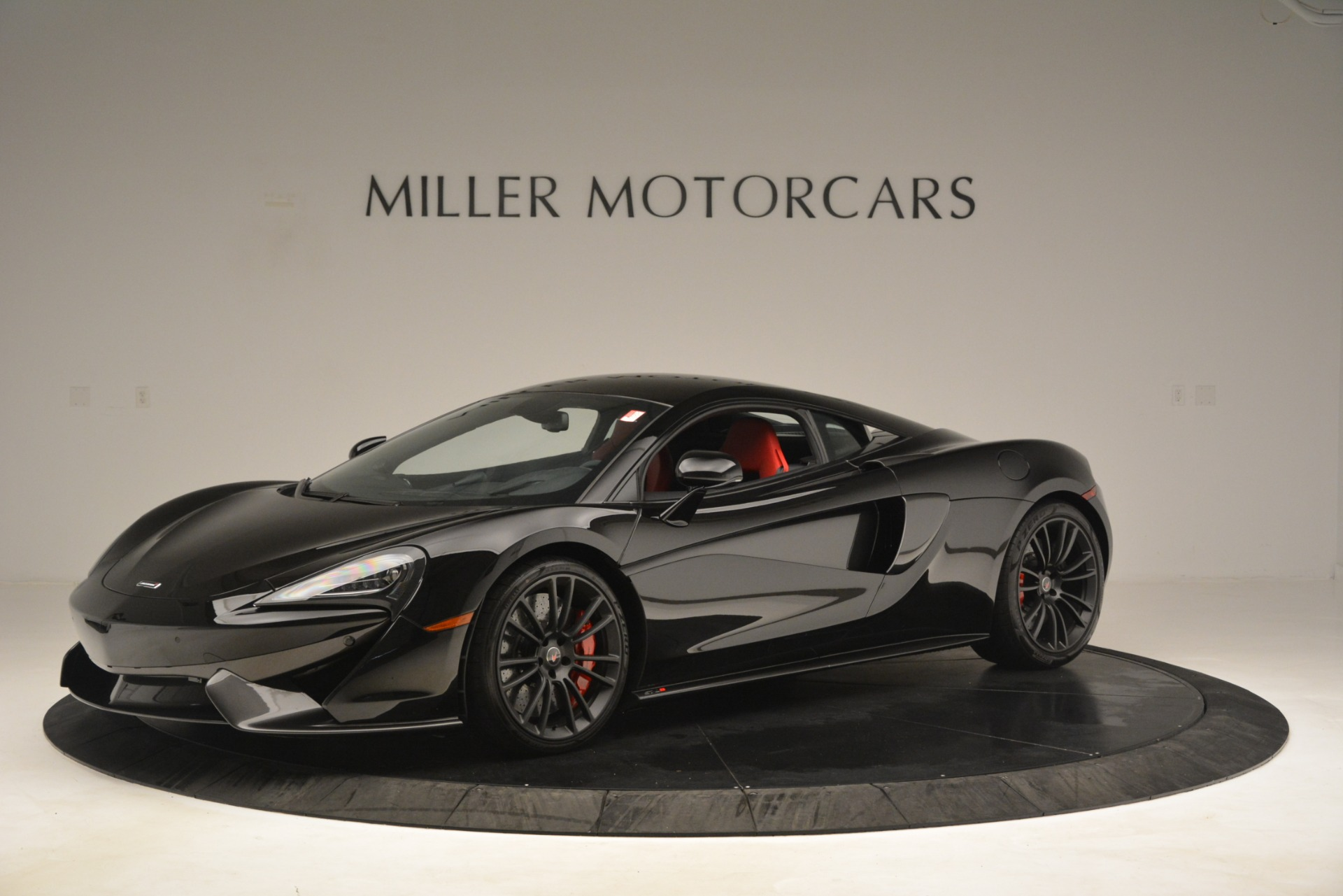 Used 2016 McLaren 570S Coupe For Sale In Greenwich, CT. Alfa Romeo of Greenwich, MC437A 3268_main