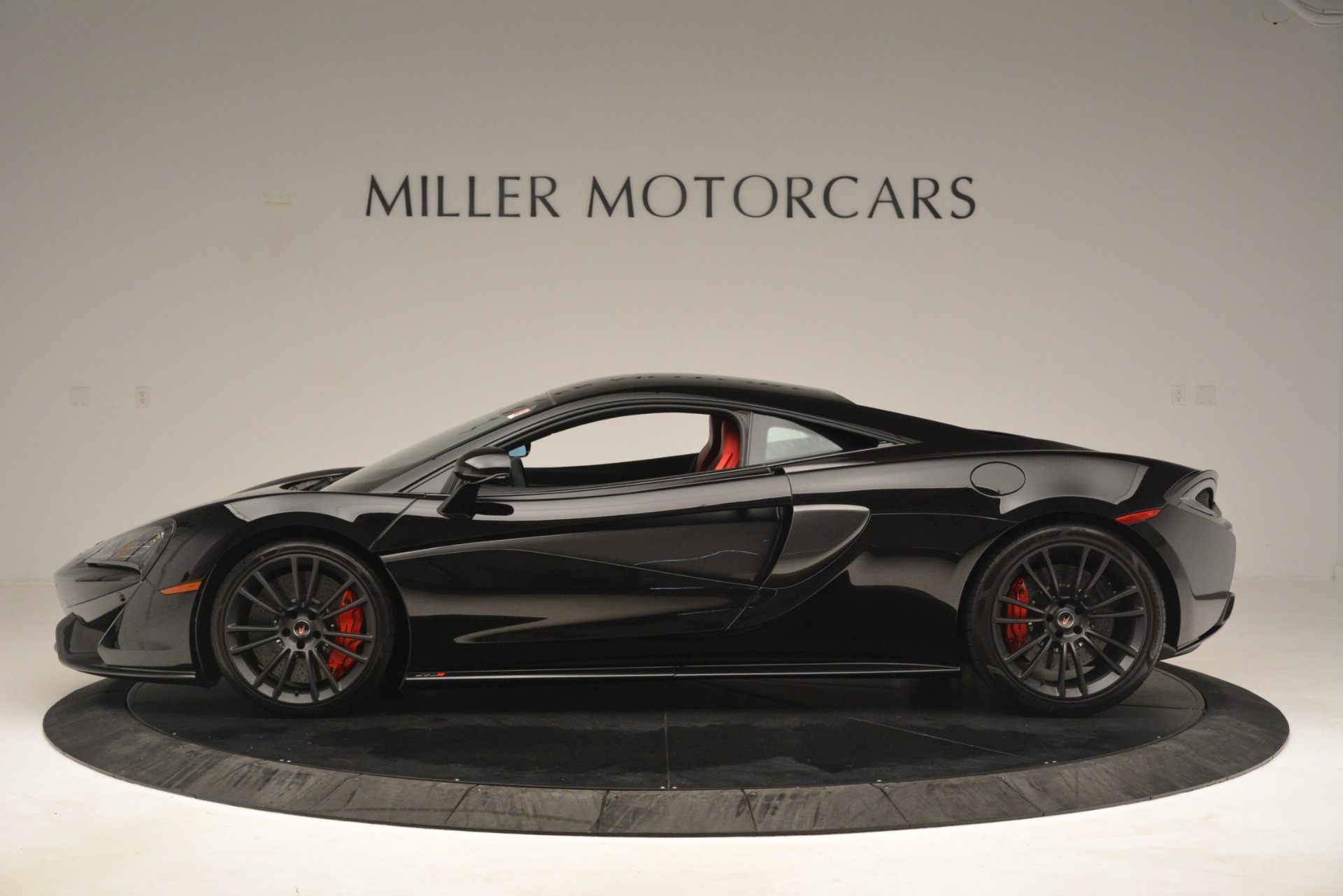Used 2016 McLaren 570S Coupe For Sale In Greenwich, CT. Alfa Romeo of Greenwich, MC437A 3268_p2