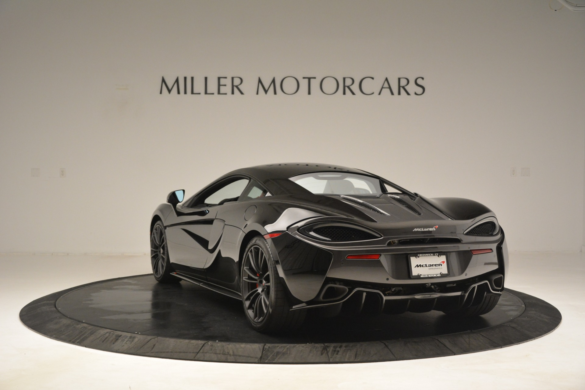 Used 2016 McLaren 570S Coupe For Sale In Greenwich, CT. Alfa Romeo of Greenwich, MC437A 3268_p4