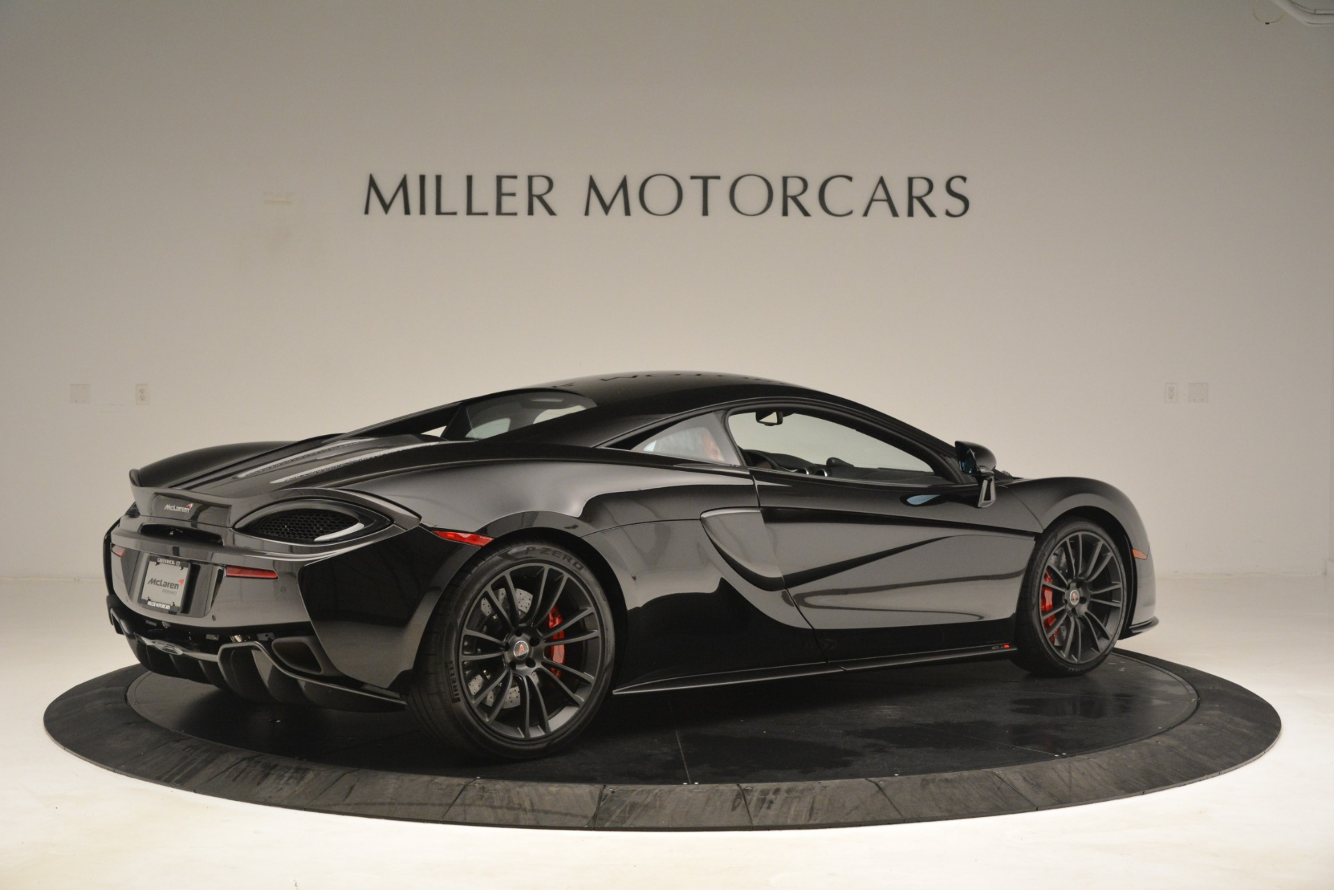 Used 2016 McLaren 570S Coupe For Sale In Greenwich, CT. Alfa Romeo of Greenwich, MC437A 3268_p7