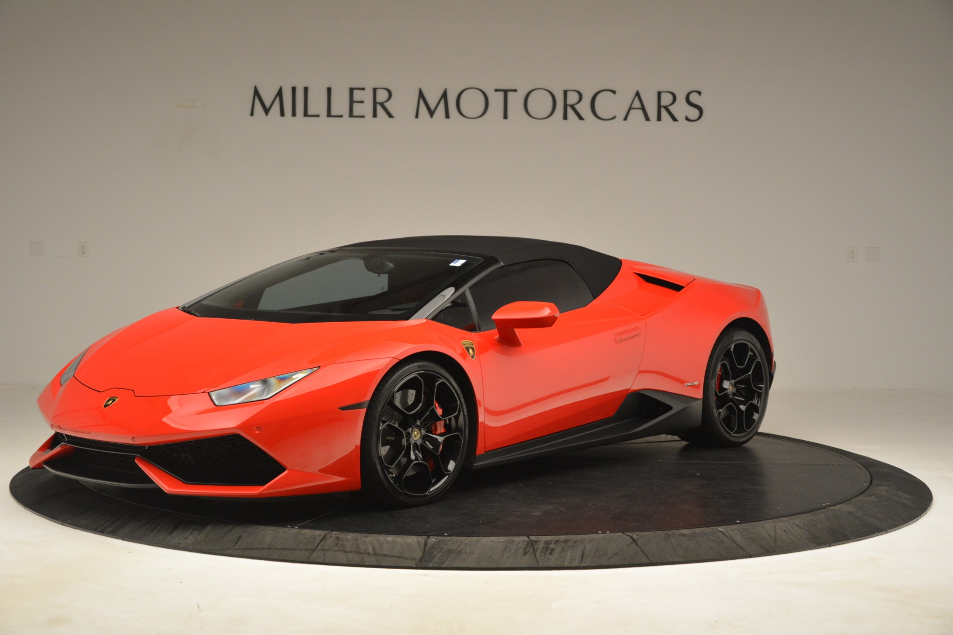 Used 2017 Lamborghini Huracan LP 610-4 Spyder For Sale In Greenwich, CT. Alfa Romeo of Greenwich, 7597 3270_p10