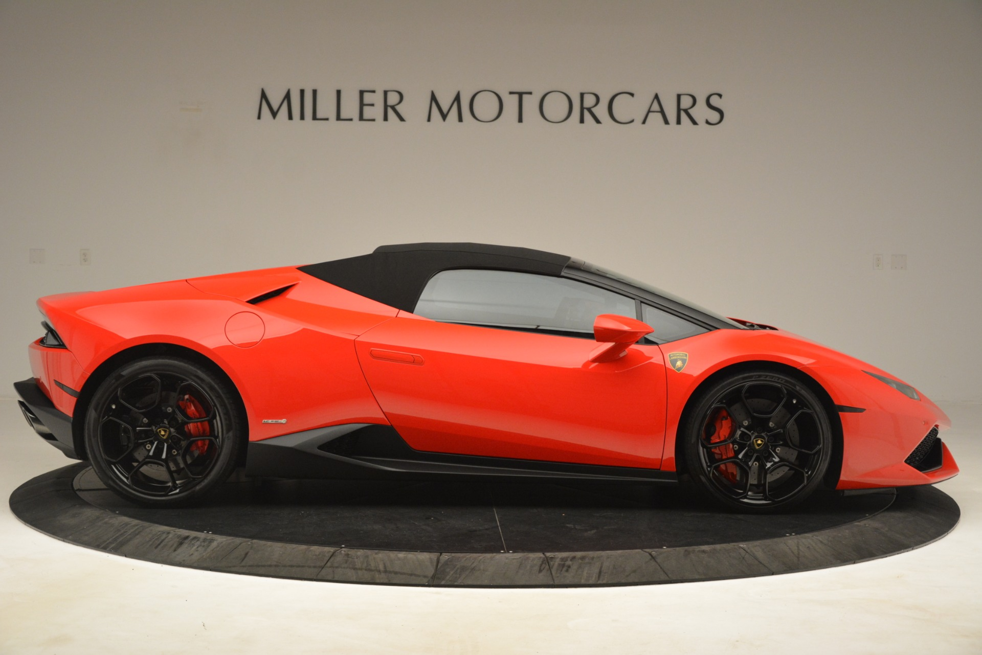 Used 2017 Lamborghini Huracan LP 610-4 Spyder For Sale In Greenwich, CT. Alfa Romeo of Greenwich, 7597 3270_p15
