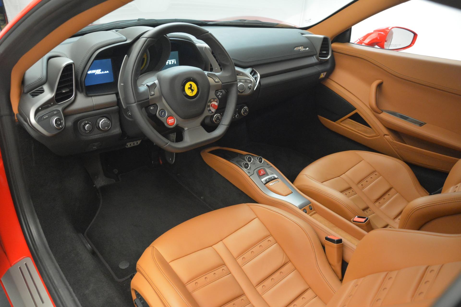 Used 2014 Ferrari 458 Italia  For Sale In Greenwich, CT. Alfa Romeo of Greenwich, 4582 3271_p13