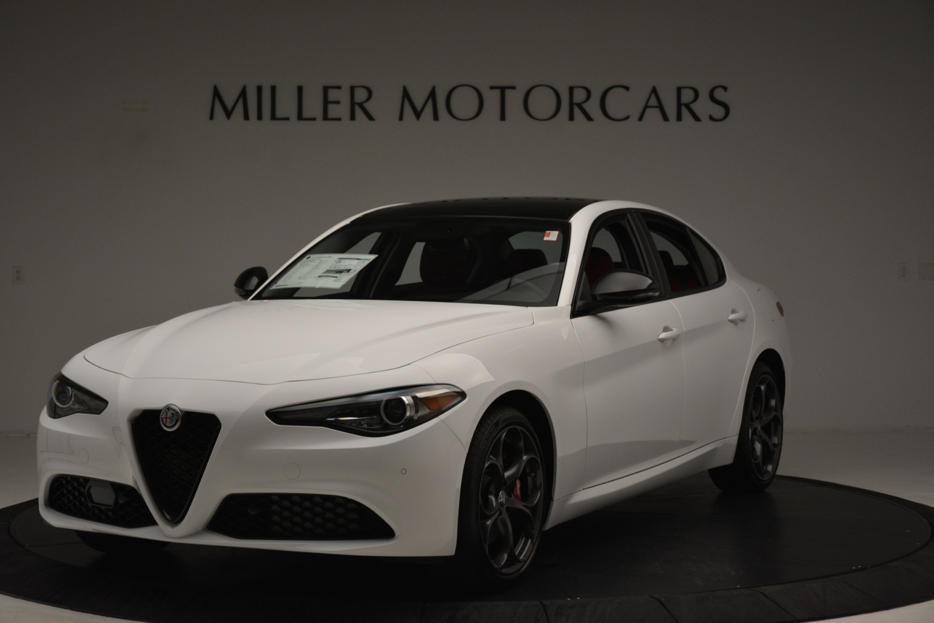New 2019 Alfa Romeo Giulia Q4 For Sale In Greenwich, CT. Alfa Romeo of Greenwich, L636 3272_main