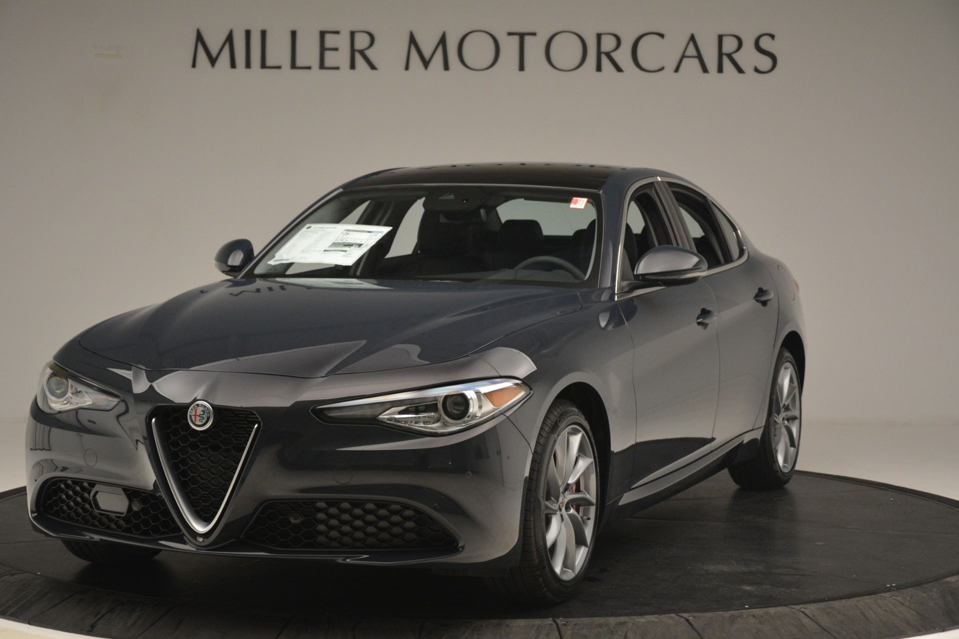 New 2019 Alfa Romeo Giulia Q4 For Sale In Greenwich, CT. Alfa Romeo of Greenwich, L638 3274_main