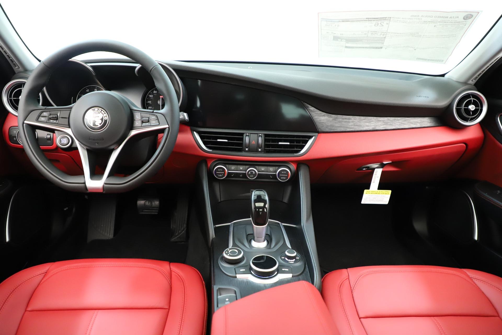 New 2019 Alfa Romeo Giulia Q4 For Sale In Greenwich, CT. Alfa Romeo of Greenwich, L639 3275_p17