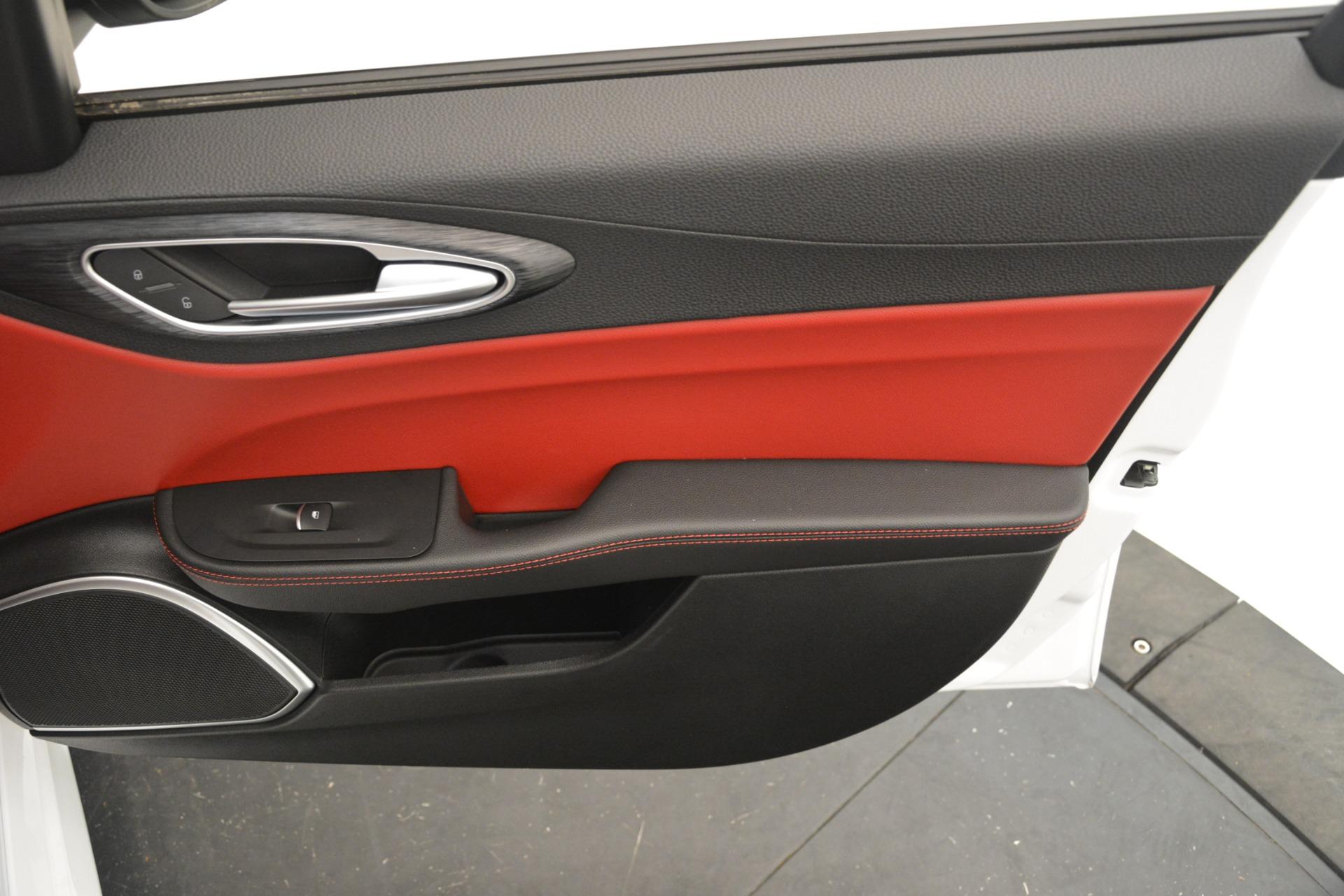 New 2019 Alfa Romeo Giulia Q4 For Sale In Greenwich, CT. Alfa Romeo of Greenwich, L643 3279_p25